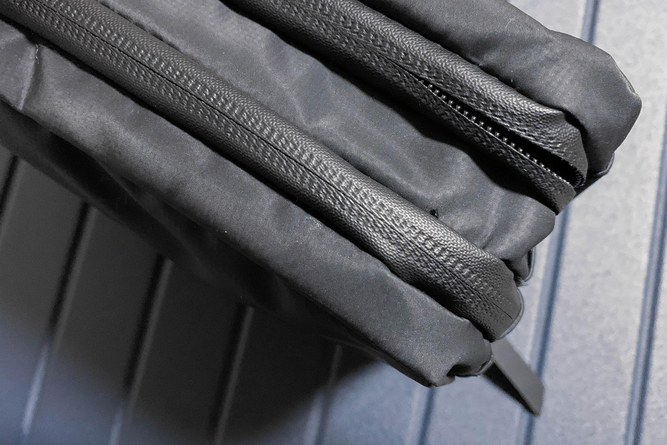 Gravel Explorer Plus Toiletry Bag Broken Zipper