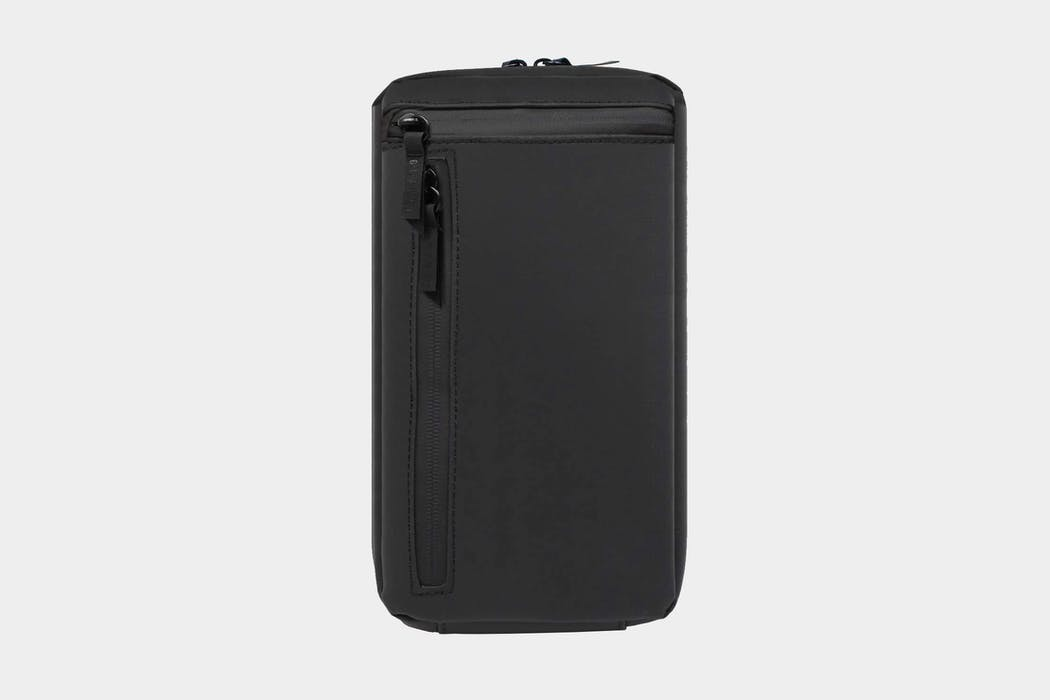 Gravel Explorer PLUS Toiletry Bag