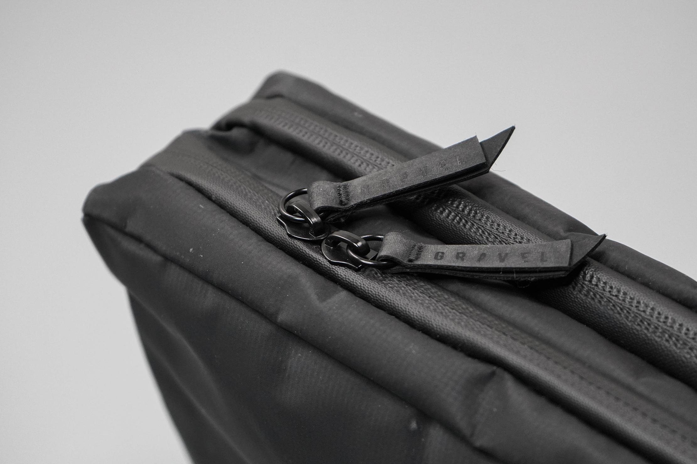 Gravel Explorer Plus Toiletry Bag Zipper
