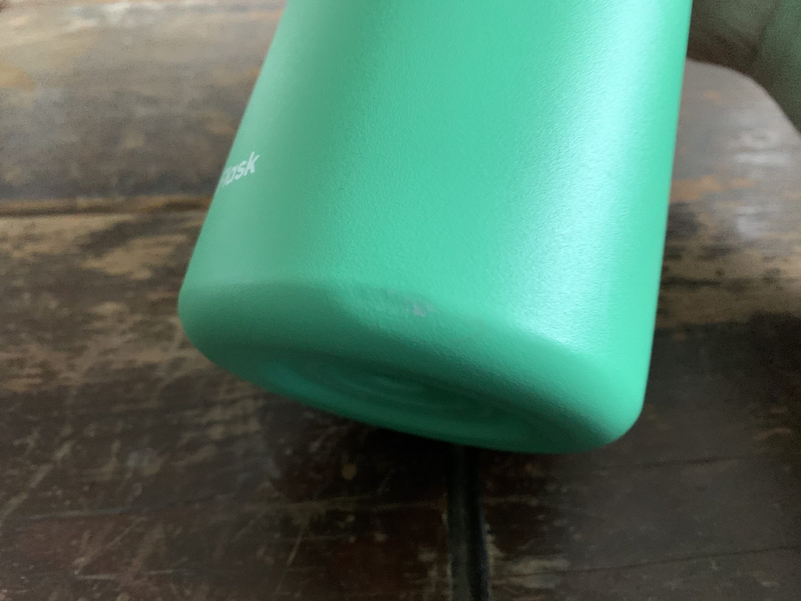 Hydro Flask 32oz Wide Mouth Water Bottle Dent