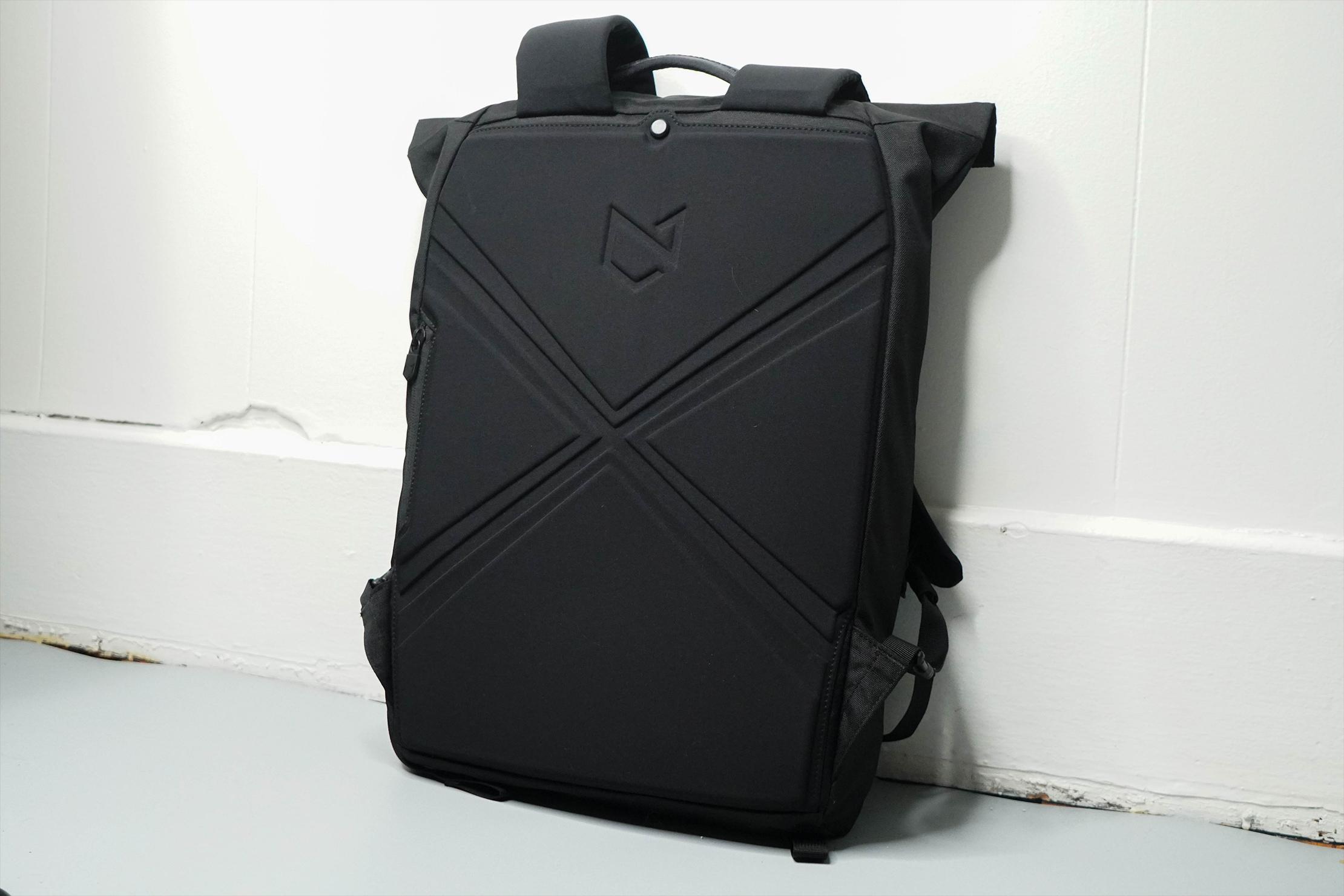 Minaal Rolltop Bag Back Panel