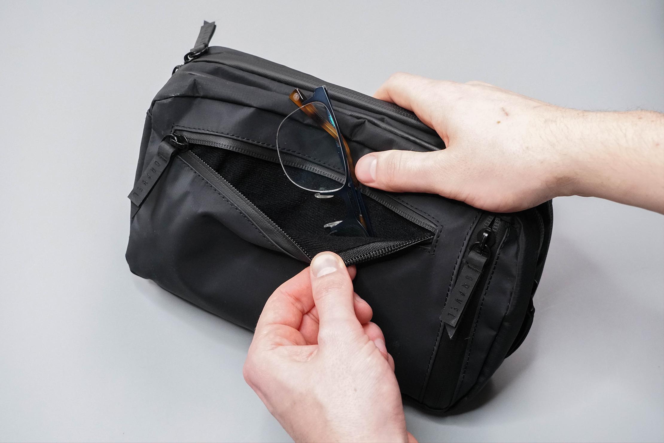Gravel Explorer Plus Toiletry Bag Felt Pocket