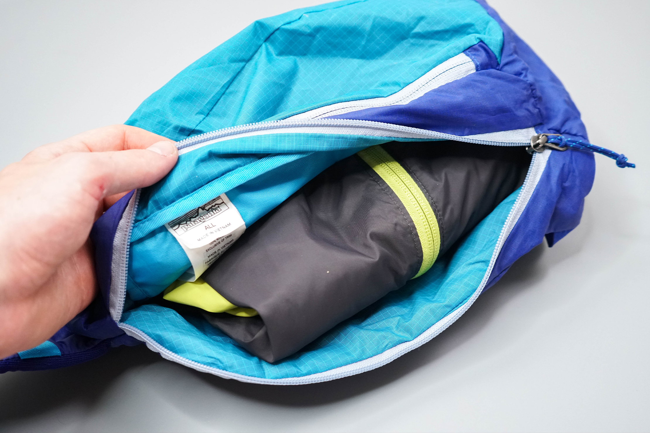 Patagonia Ultralight Black Hole Sling 8L Jacket in Main Compartment