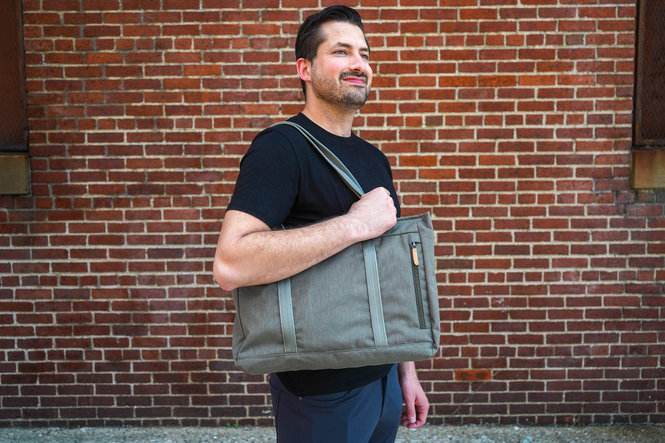 Bellroy Classic Tote Shoulder Carry