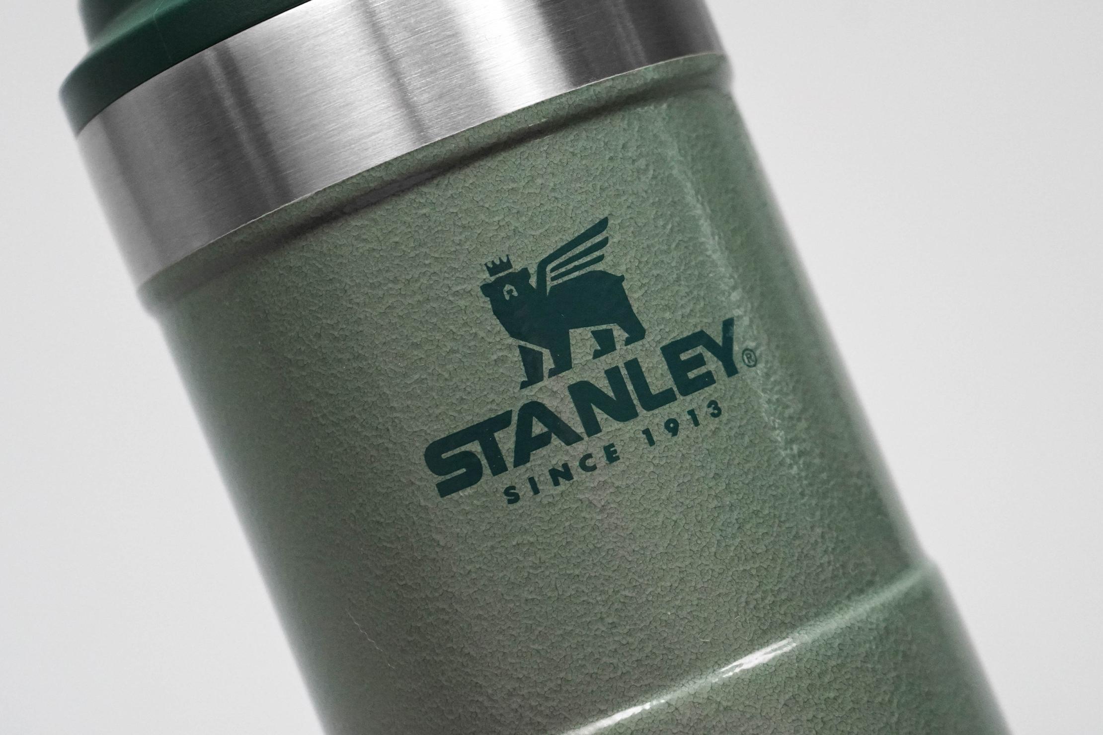 Stanley Classic Trigger-Action Travel Mug 12oz Logo
