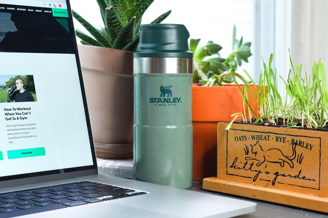Stanley Classic Trigger-Action Travel Mug 12oz on Desk