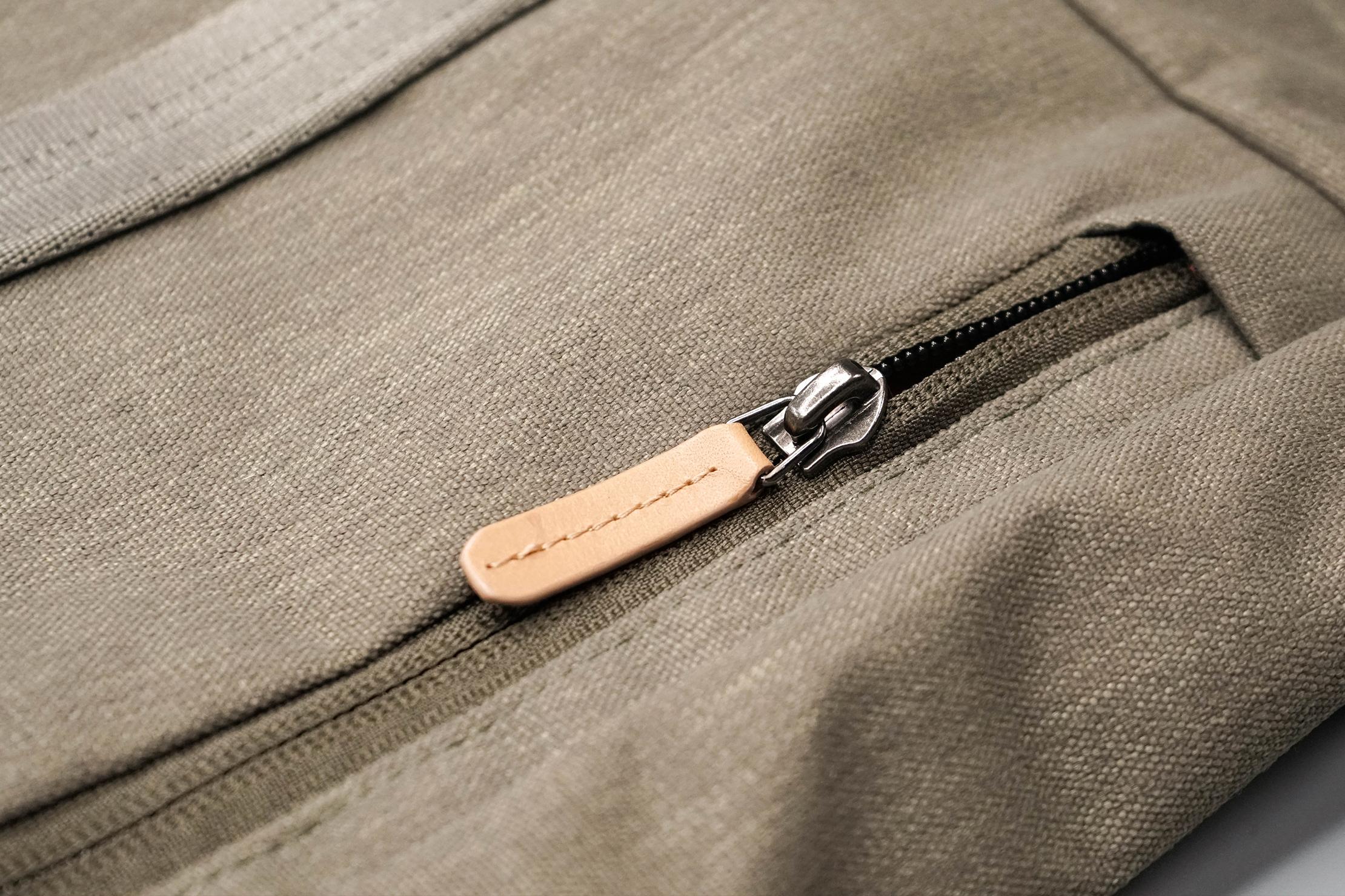 Bellroy Classic Tote Zipper