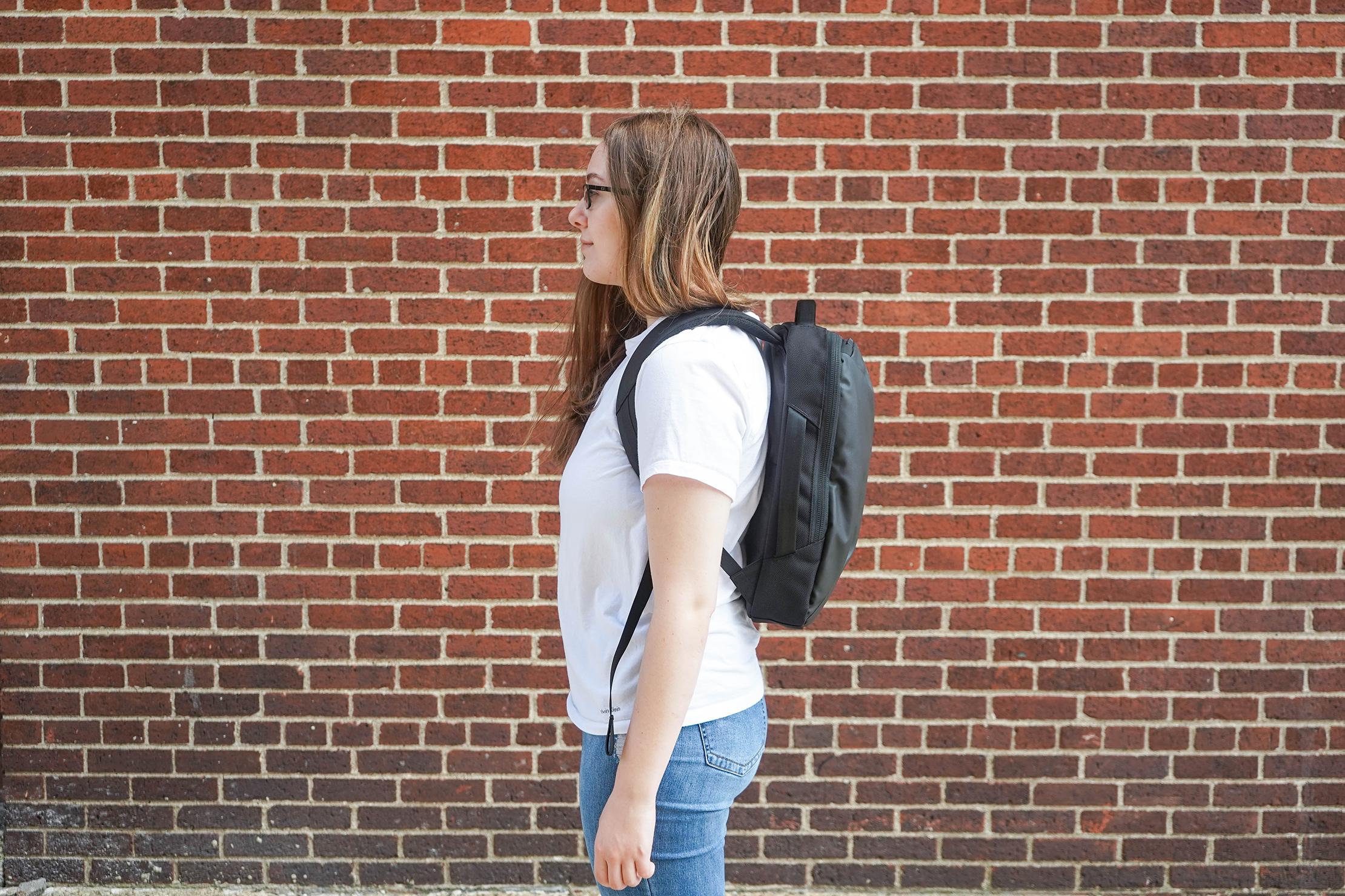 Aer Slim Pack Female Fit