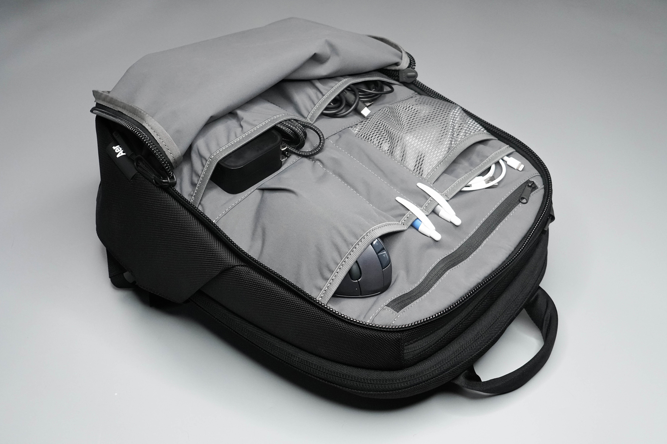 Aer Day Pack 2 Front Compartment