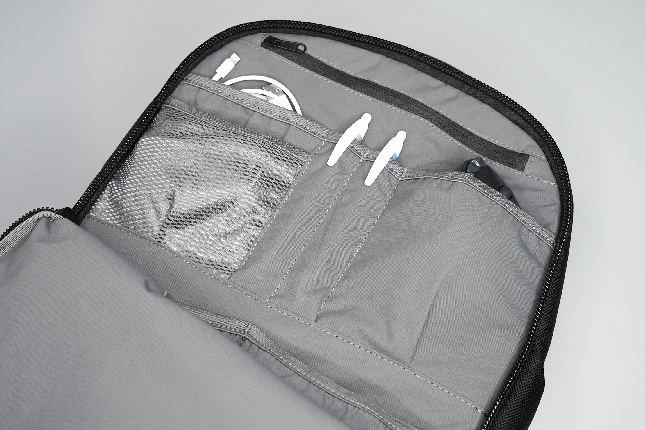 Aer Day Pack 2 Front Compartment Liner Pockets