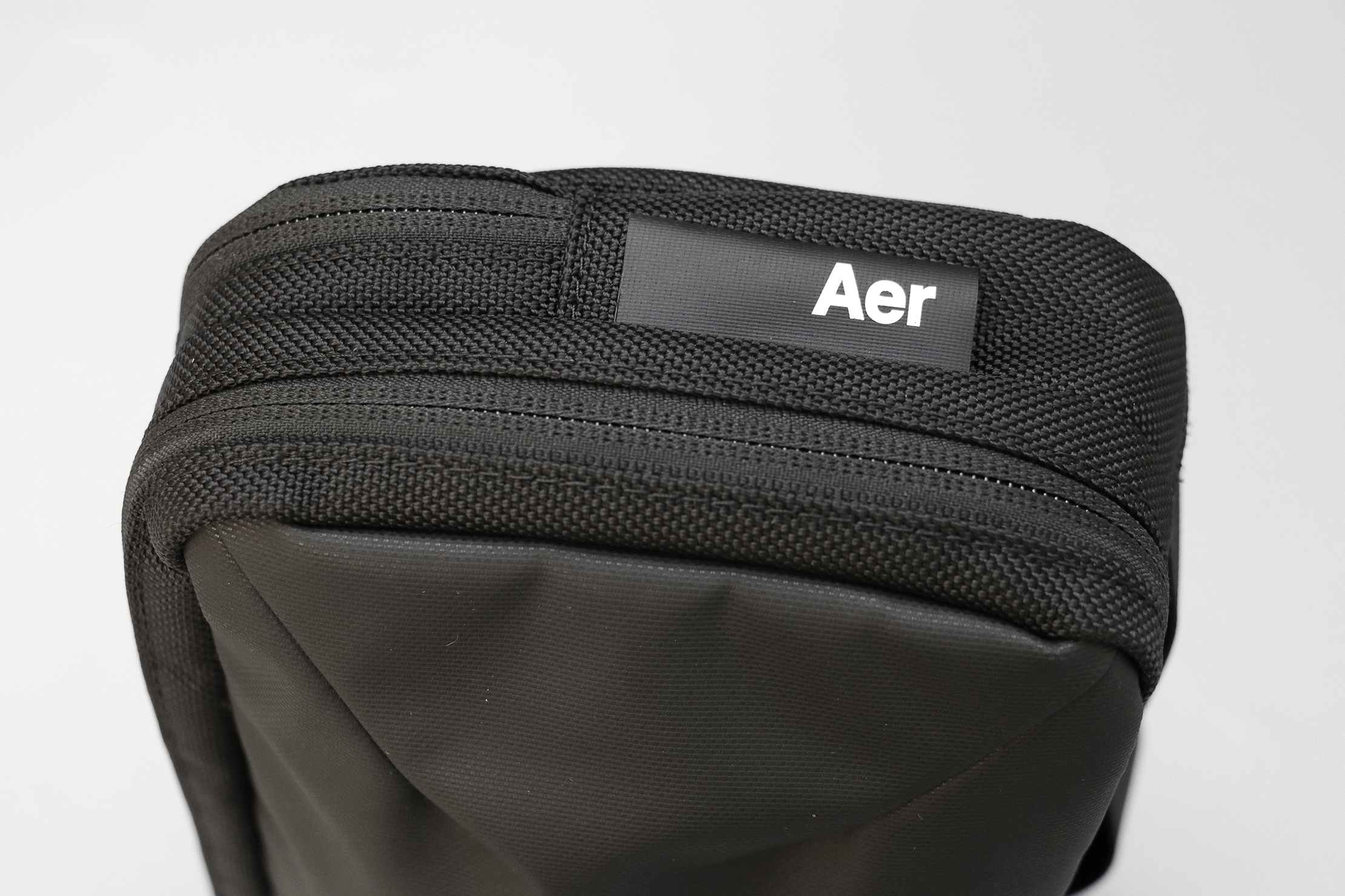 Aer Cable Kit 2 Material and Logo