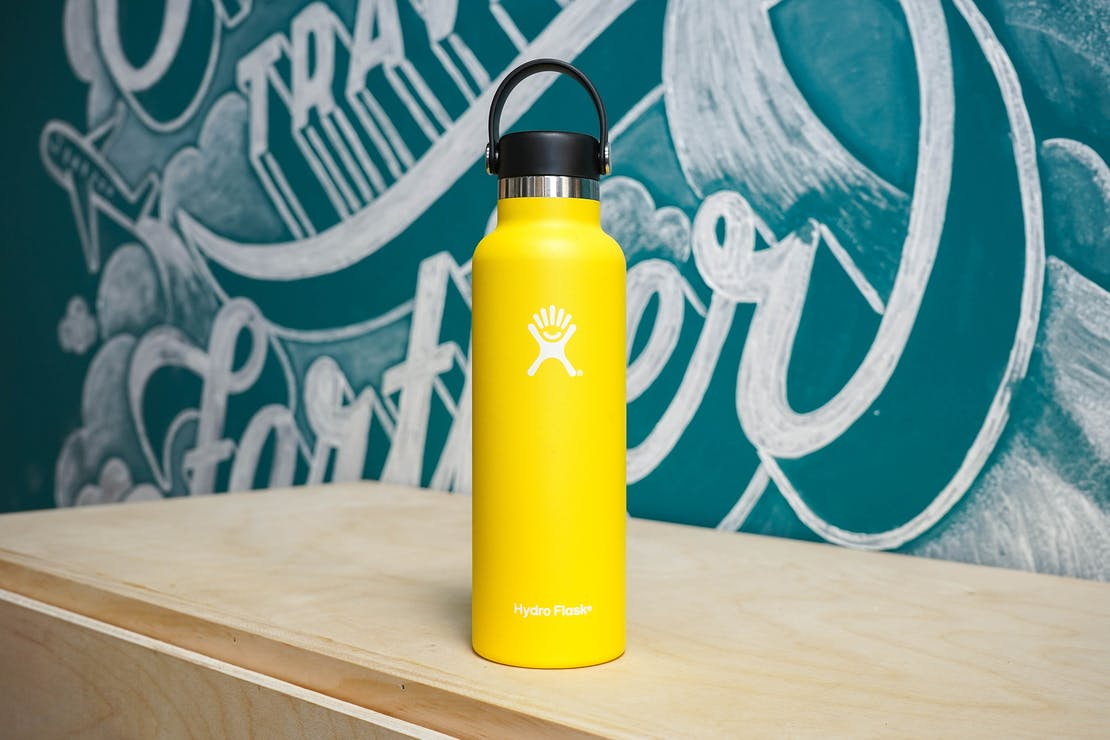 Hydro Flask Standard-Mouth Water Bottle with Flex Cap 21 oz