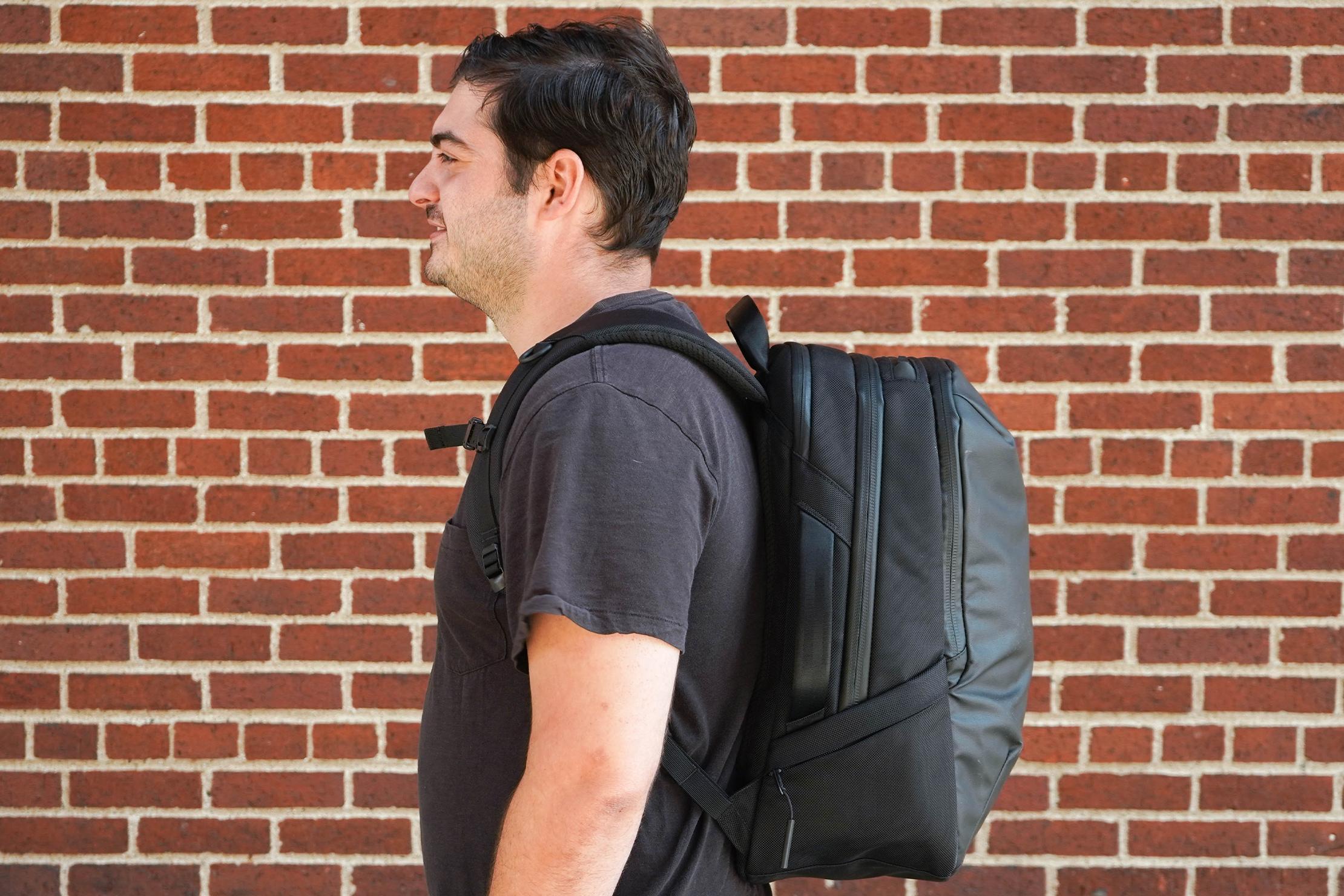 Aer Tech Pack 2 Hover Back Solve