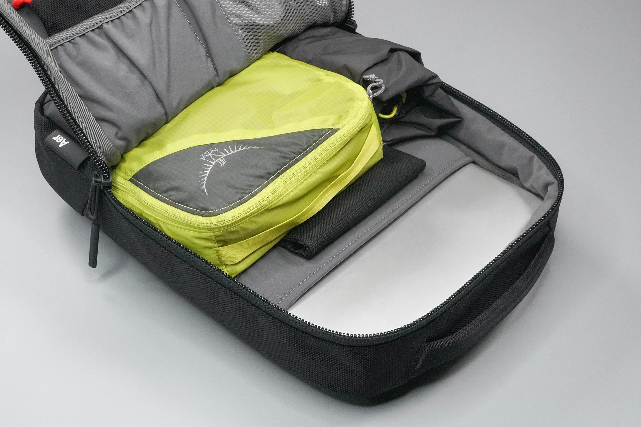 Aer Slim Pack Main Compartment