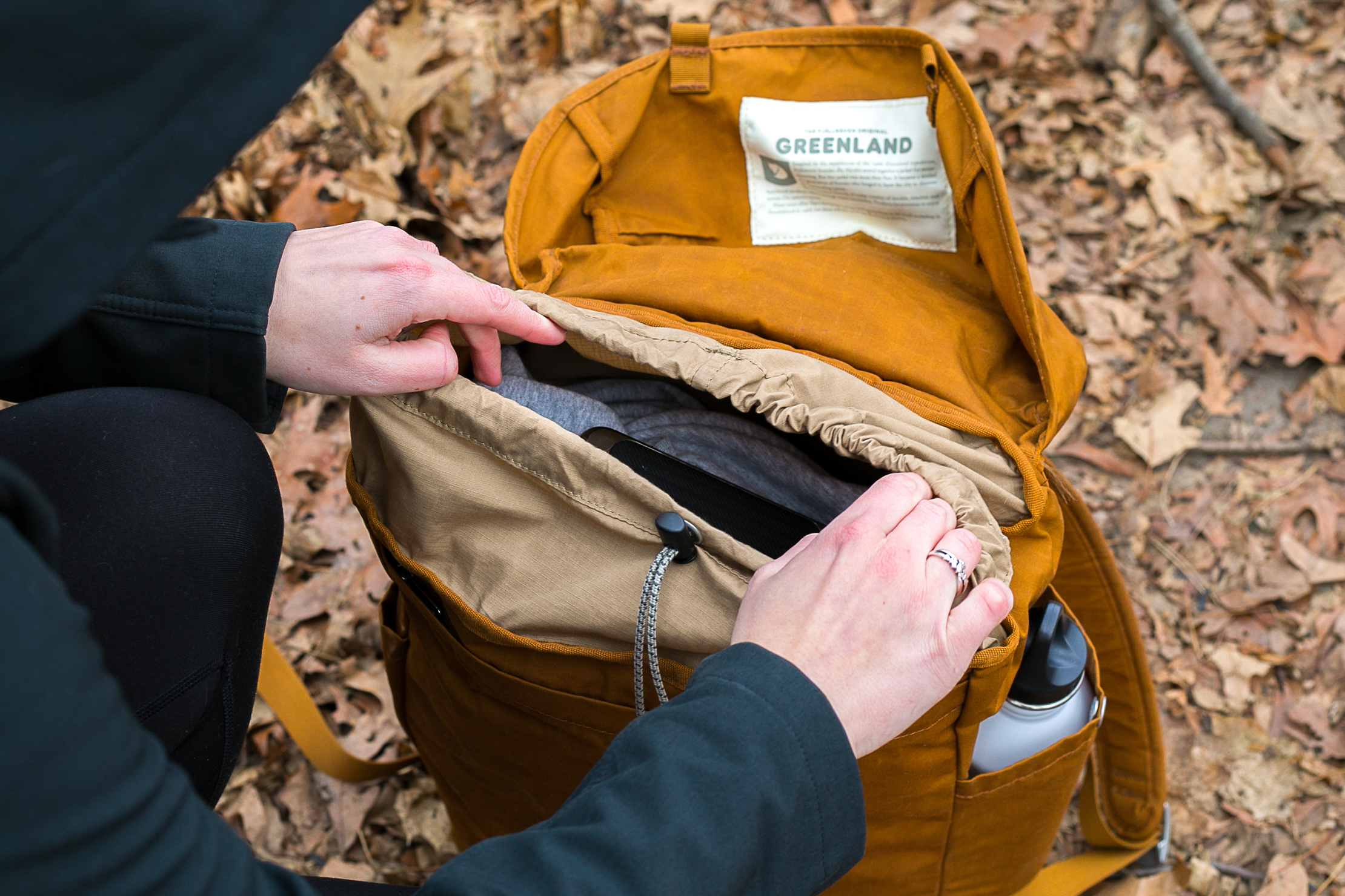 Fjallraven Greenland Top | Backpack Drawstring Opening