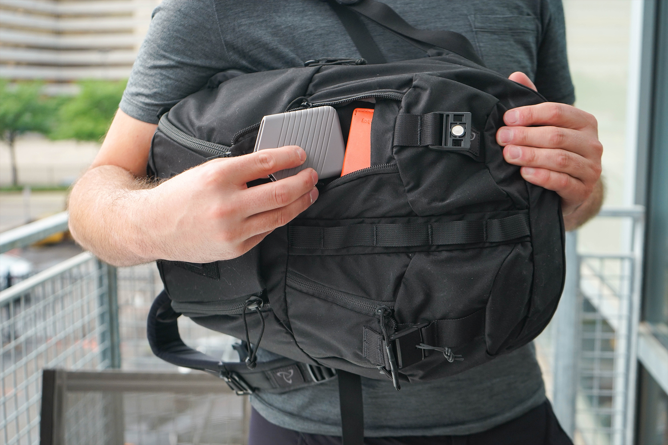 Mystery Ranch Rip Ruck 24 Quick-Access Pockets With Smaller Gear