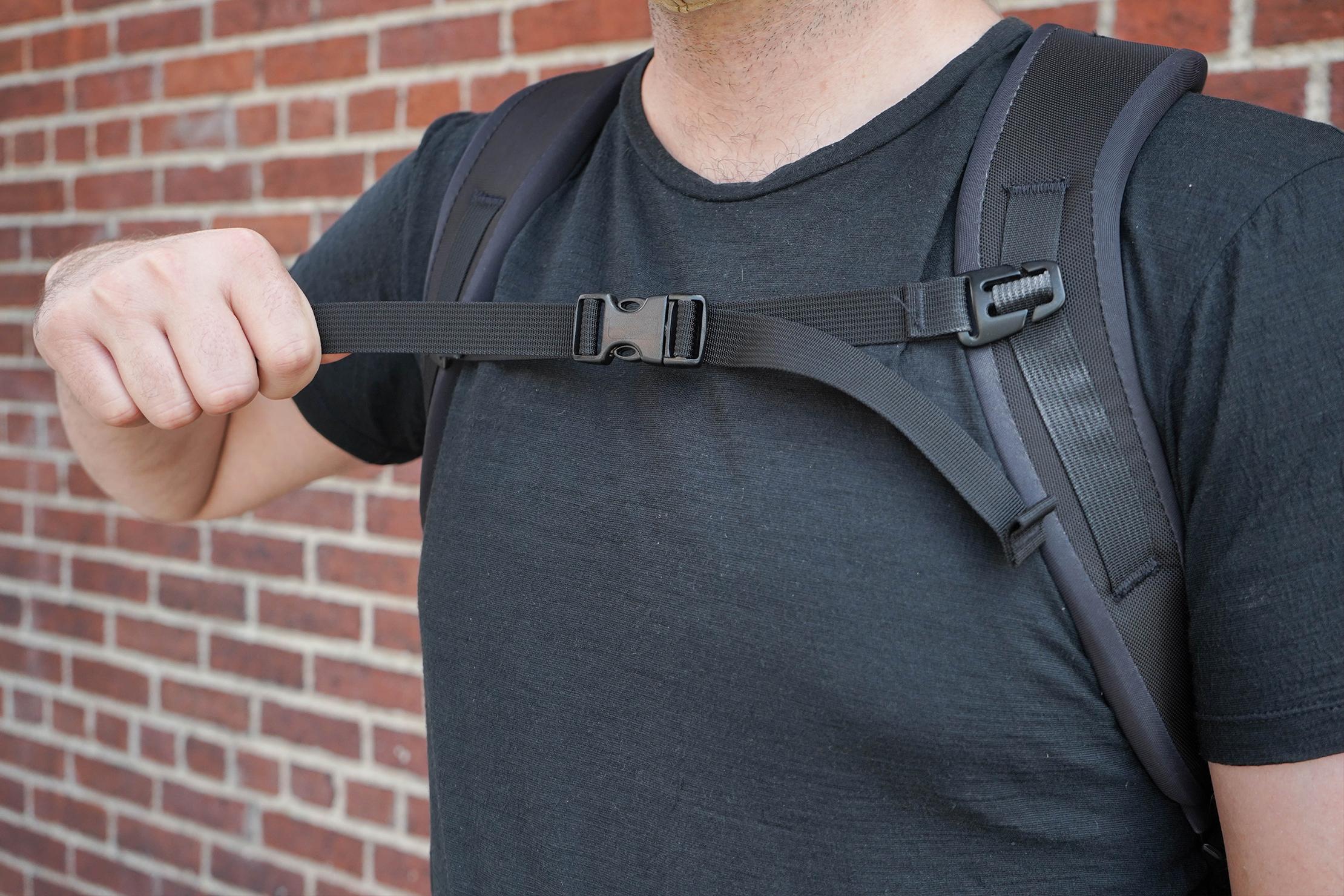Tom Bihn Brain Bag Harness System