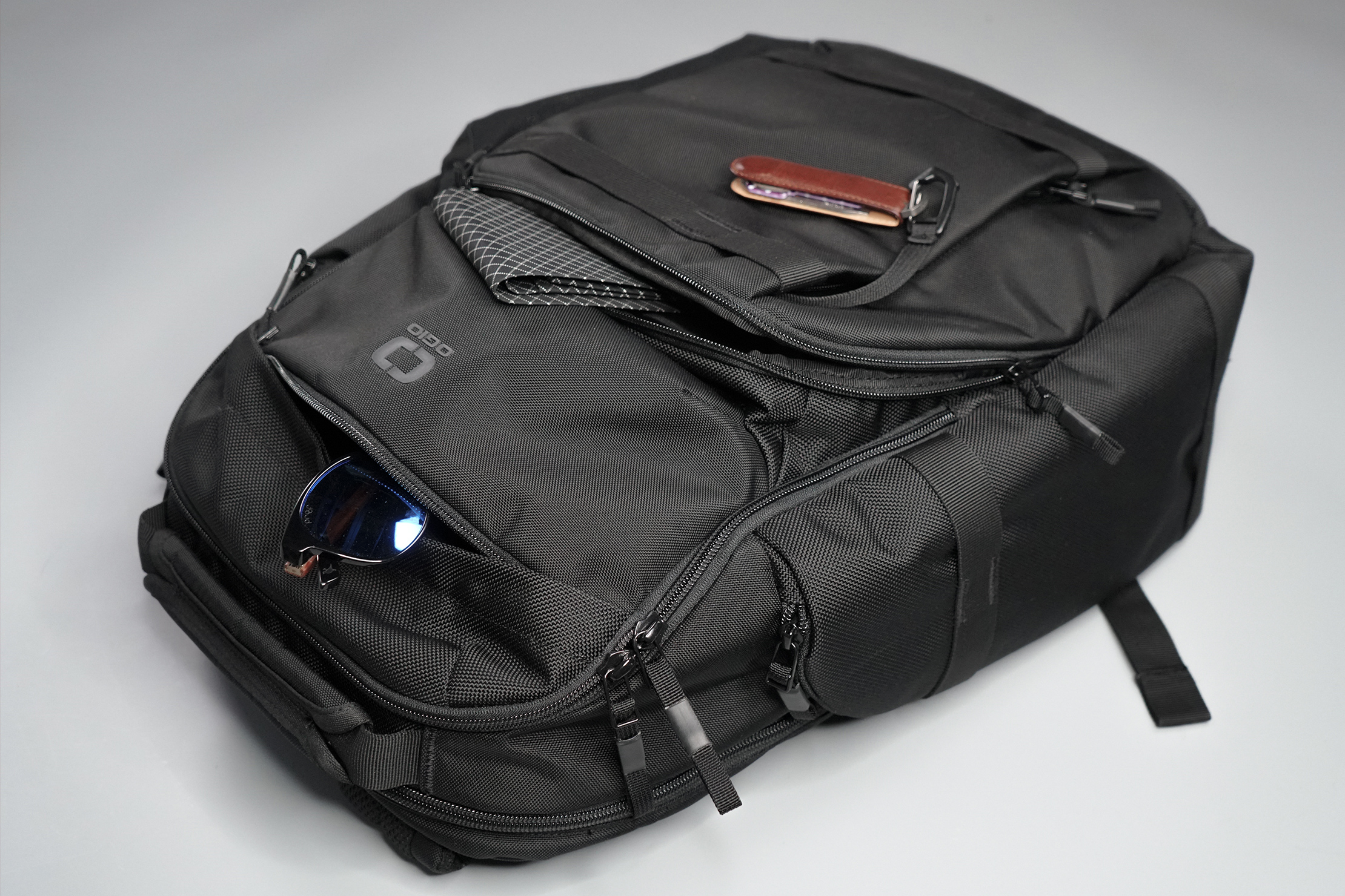 Ogio Pace 25 Backpack Front Pockets