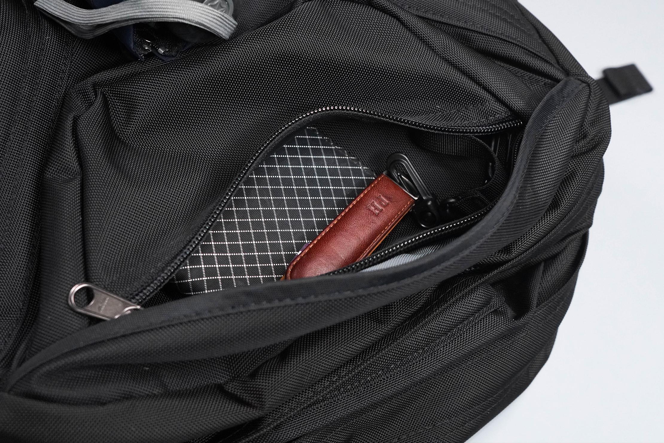 Tom Bihn Brain Bag Quick-Grab Pocket