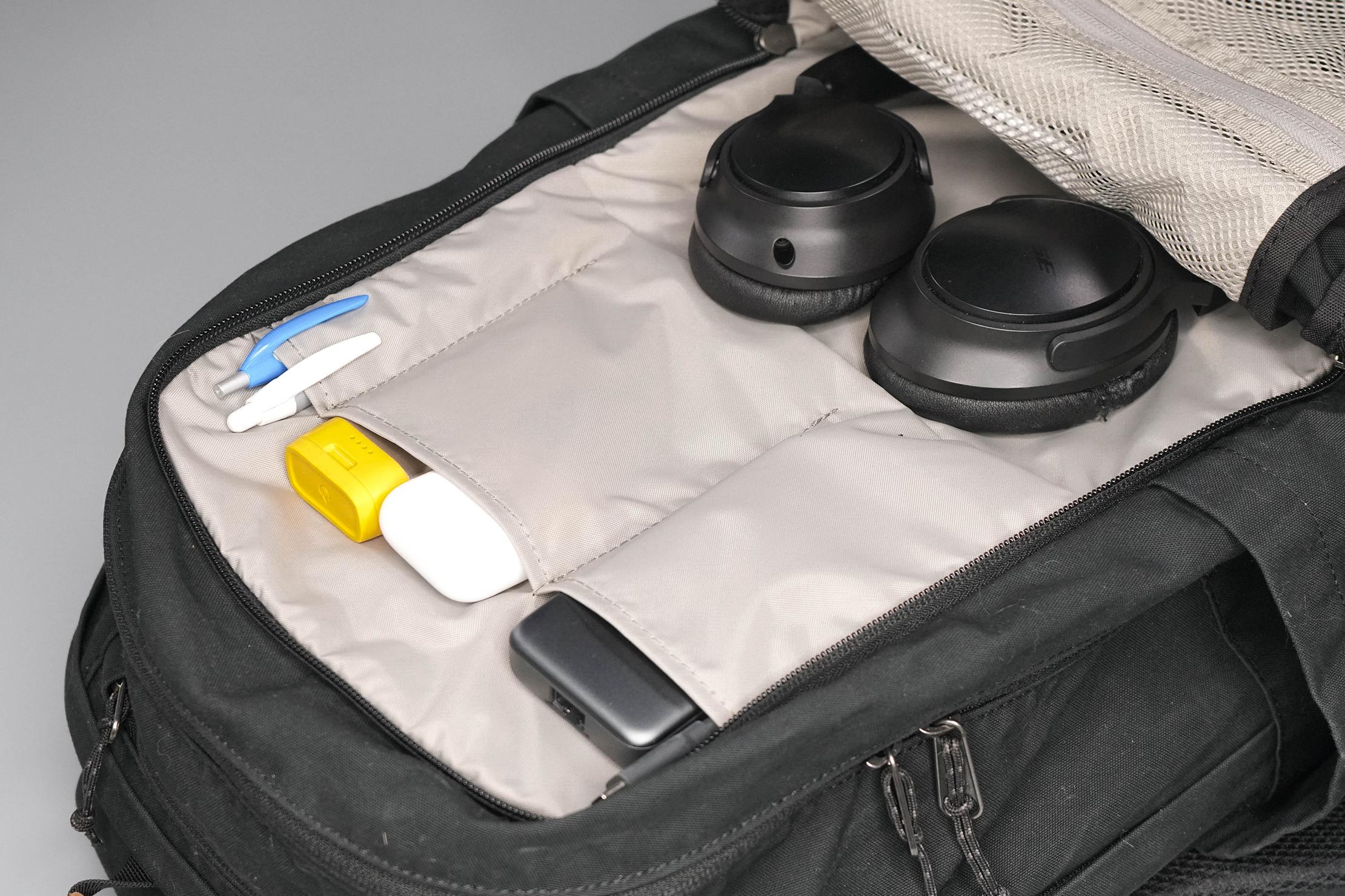 Fjallraven Raven 28 Front Compartment Liner Pockets