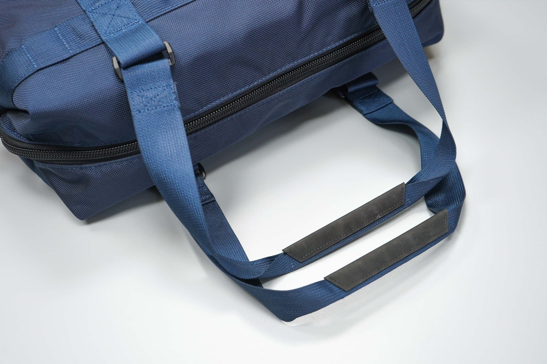 DSPTCH Utility Tote | The long handles remind us that this is a tote bag first and foremost