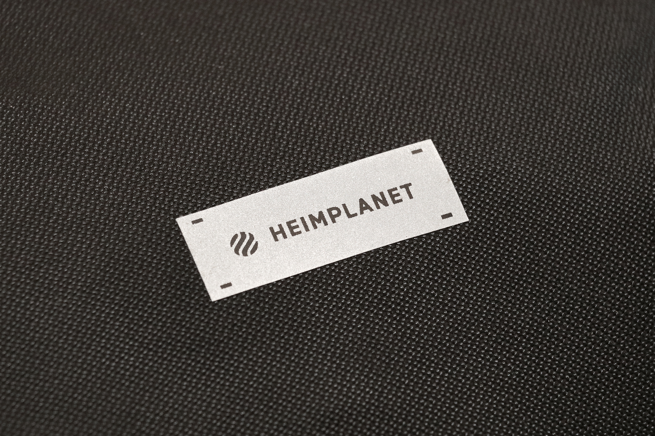 Heimplanet Travel Pack 28L (V2) Material and Logo