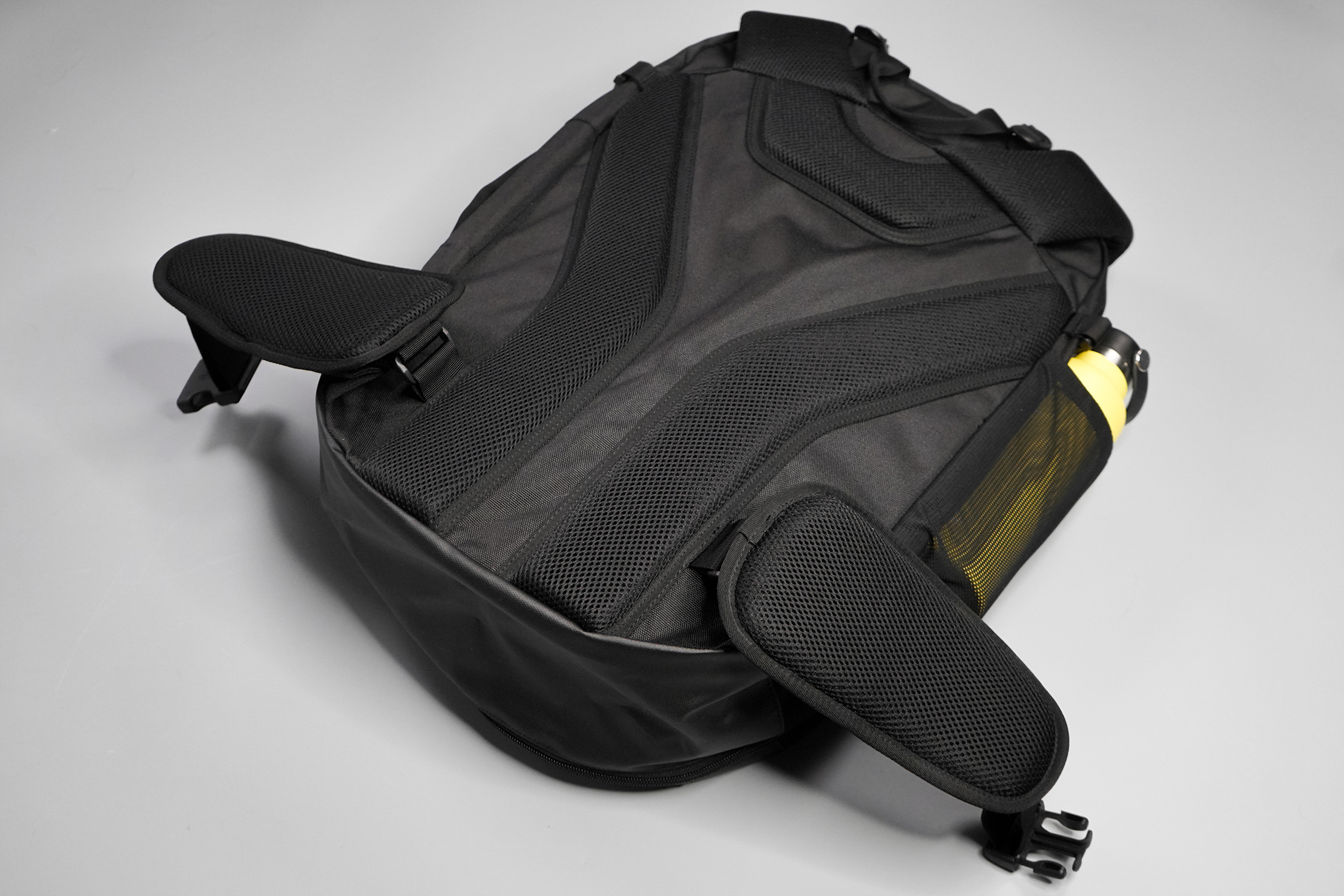 Tortuga Prelude Travel Backpack Back Panel