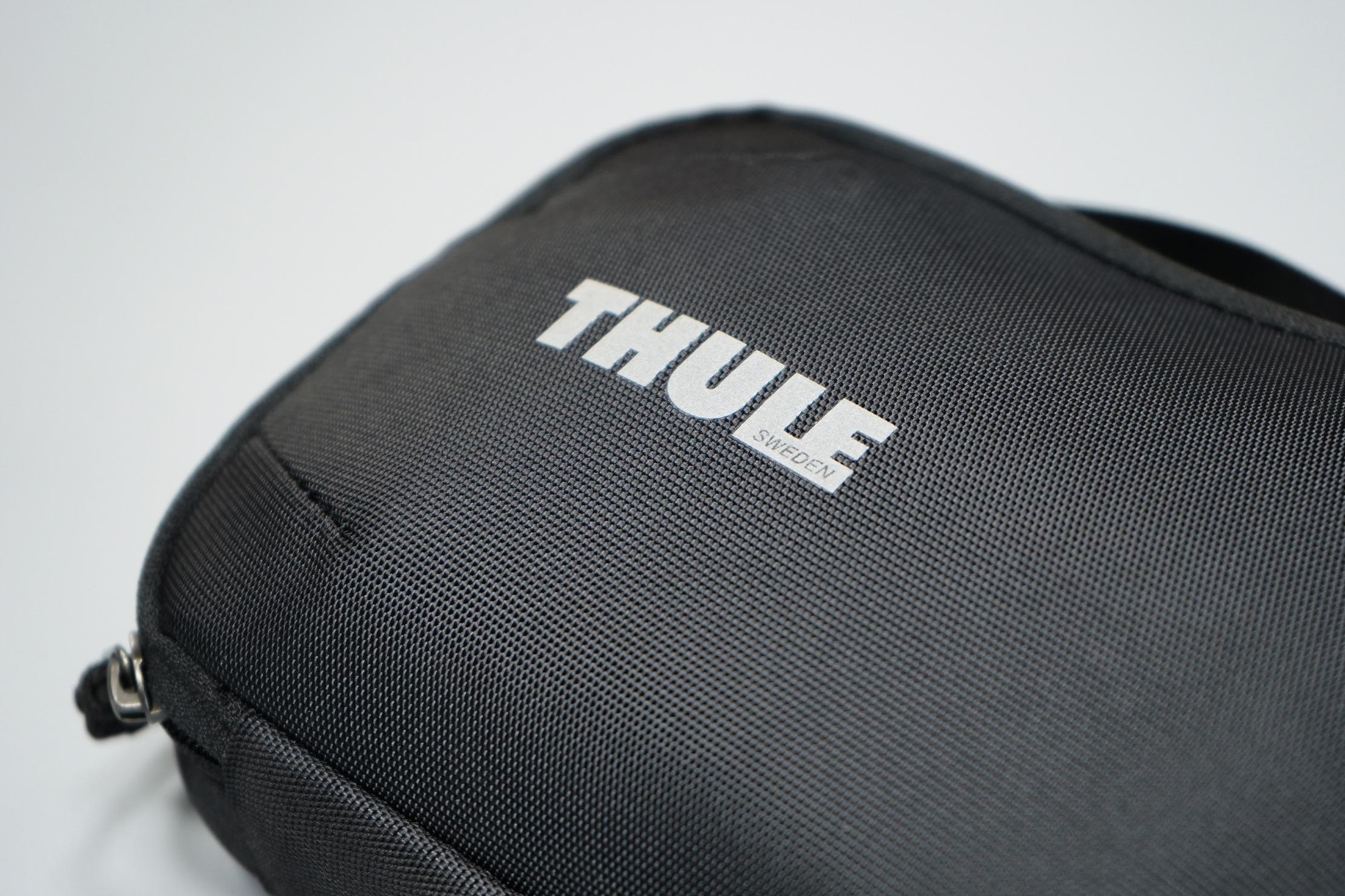 Thule Subterra PowerShuttle Material and Logo