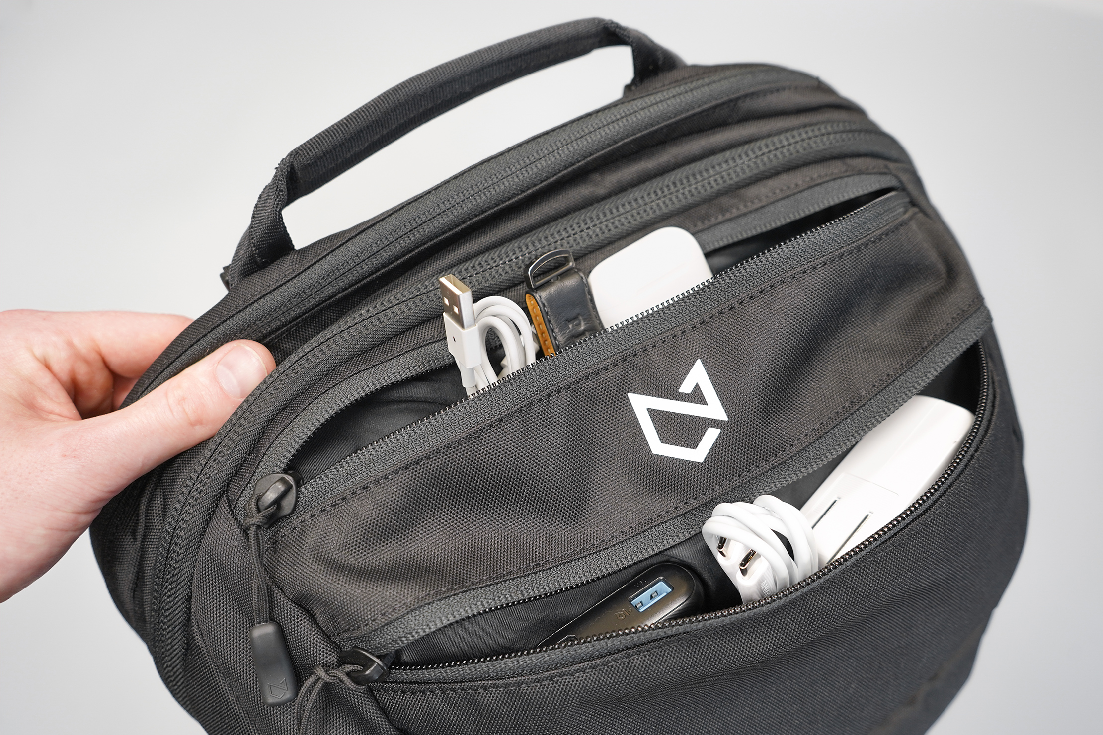 Minaal Carry-On 3.0 | A pair of front pockets keeps things within arm's reach
