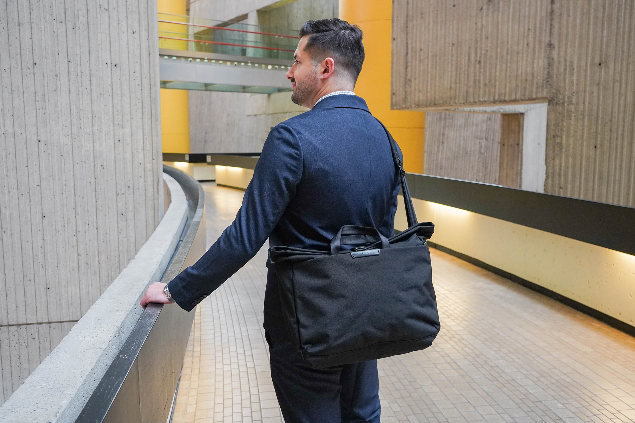 Looking Professional With The Bellroy System Work Bag