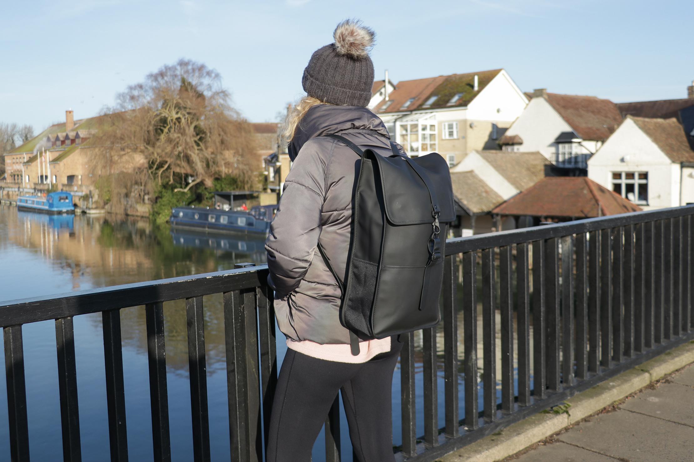 Rains Backpack | Matte black look