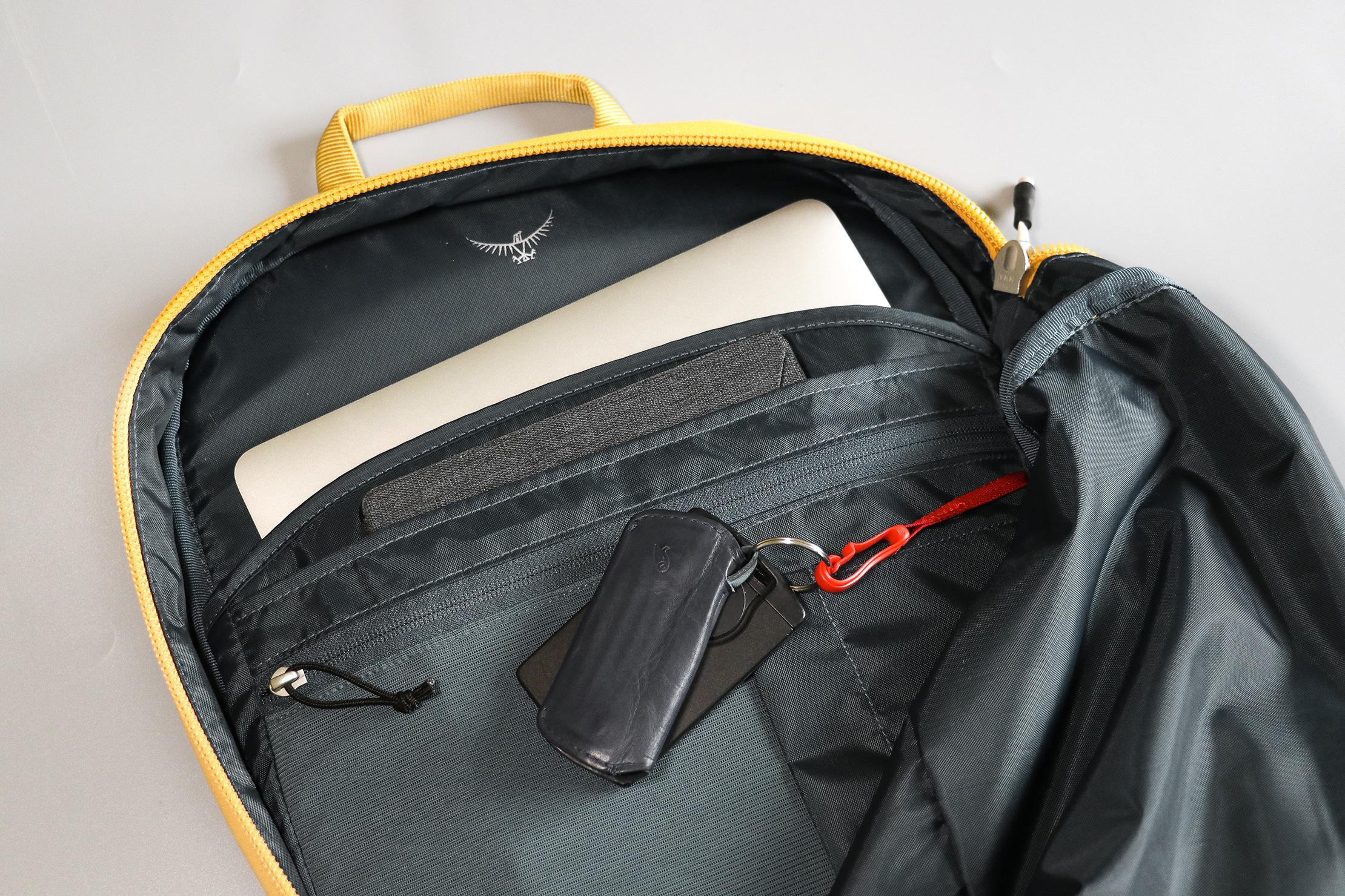 Osprey Arcane Large Day Pack (V2) Main Compartment Organization