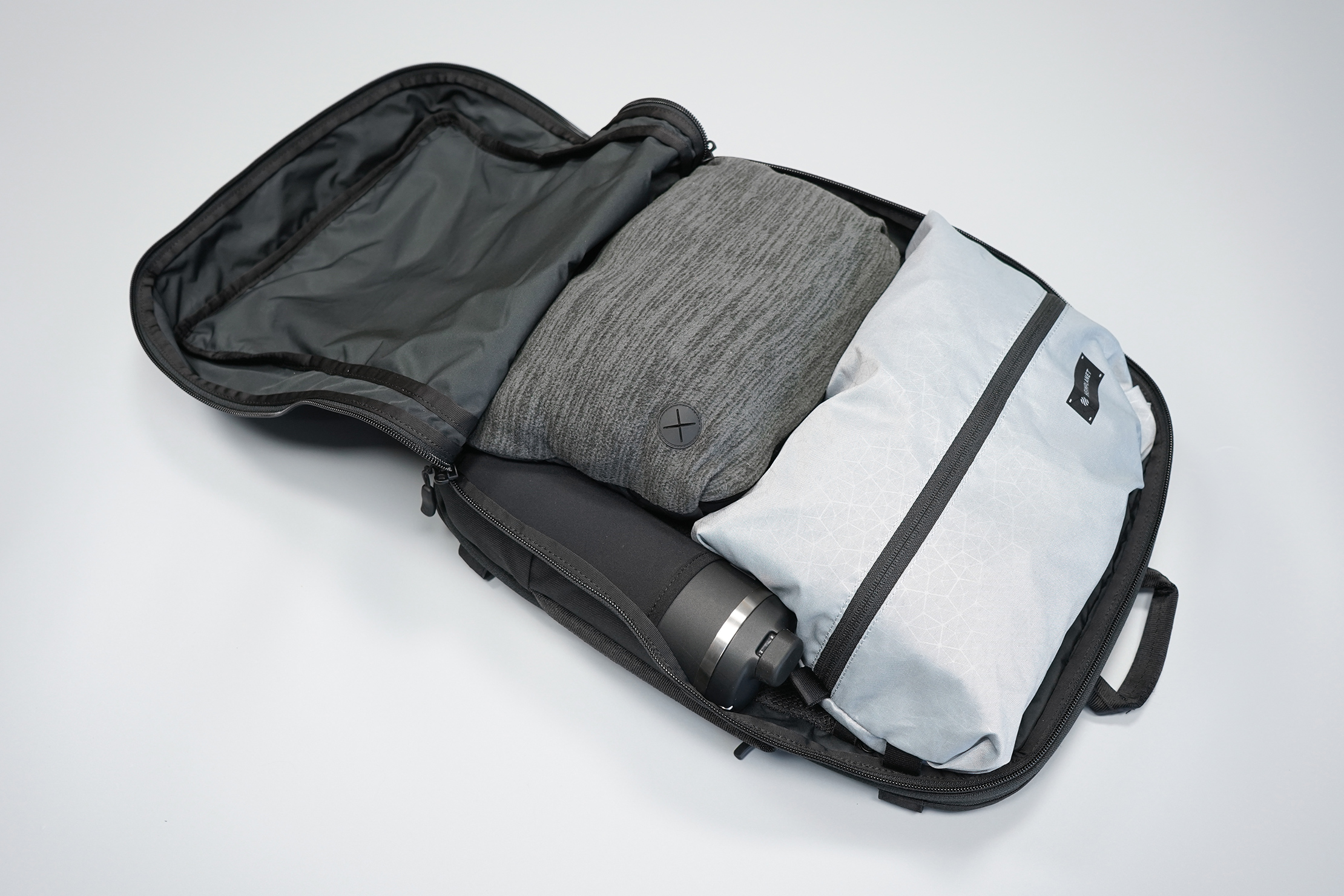Minaal Daily 3.0 Bag Main Compartment