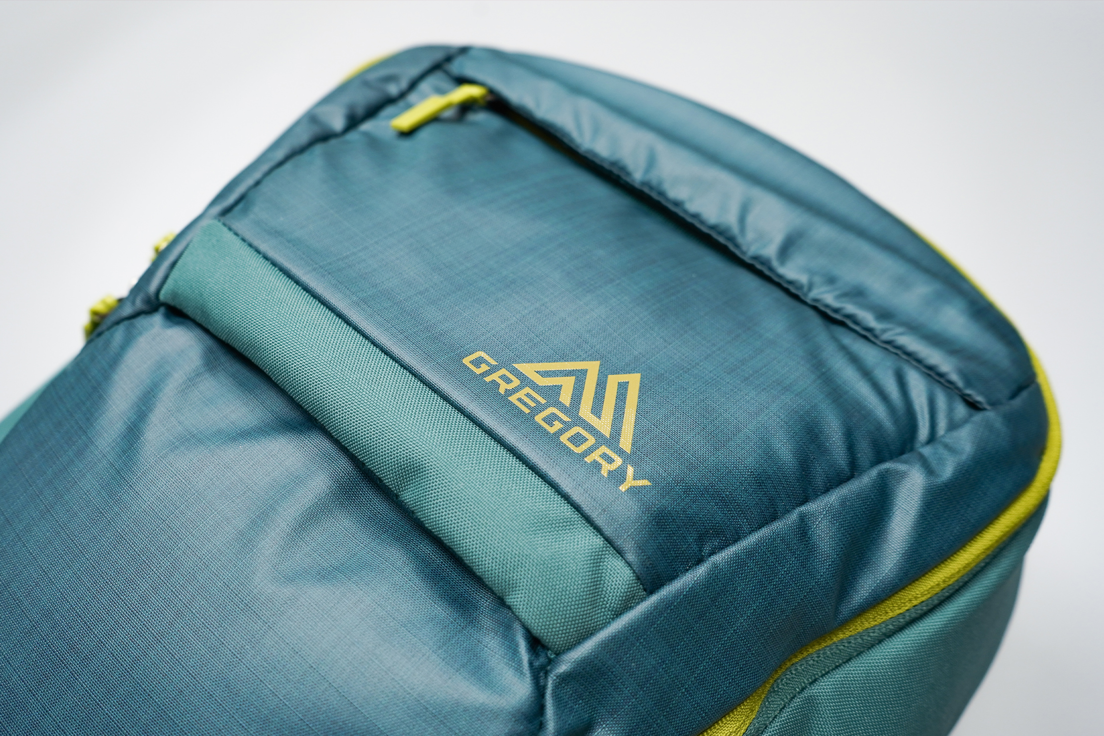 Gregory Resin 26 Backpack Material and Logo