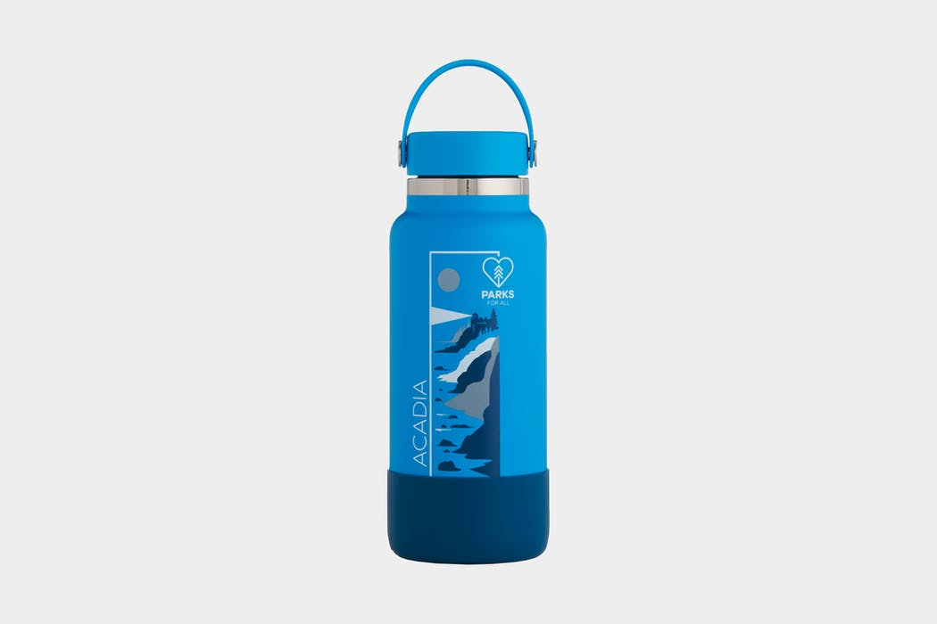 Hydro Flask Acadia Wide-Mouth Vacuum 32 oz Water Bottle