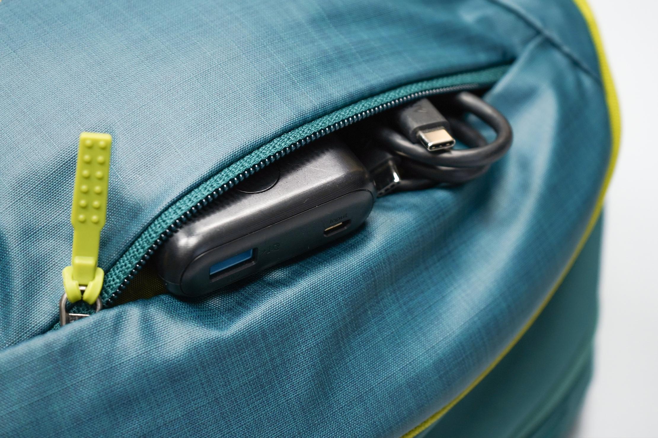 Gregory Resin 26 Backpack Front Pocket