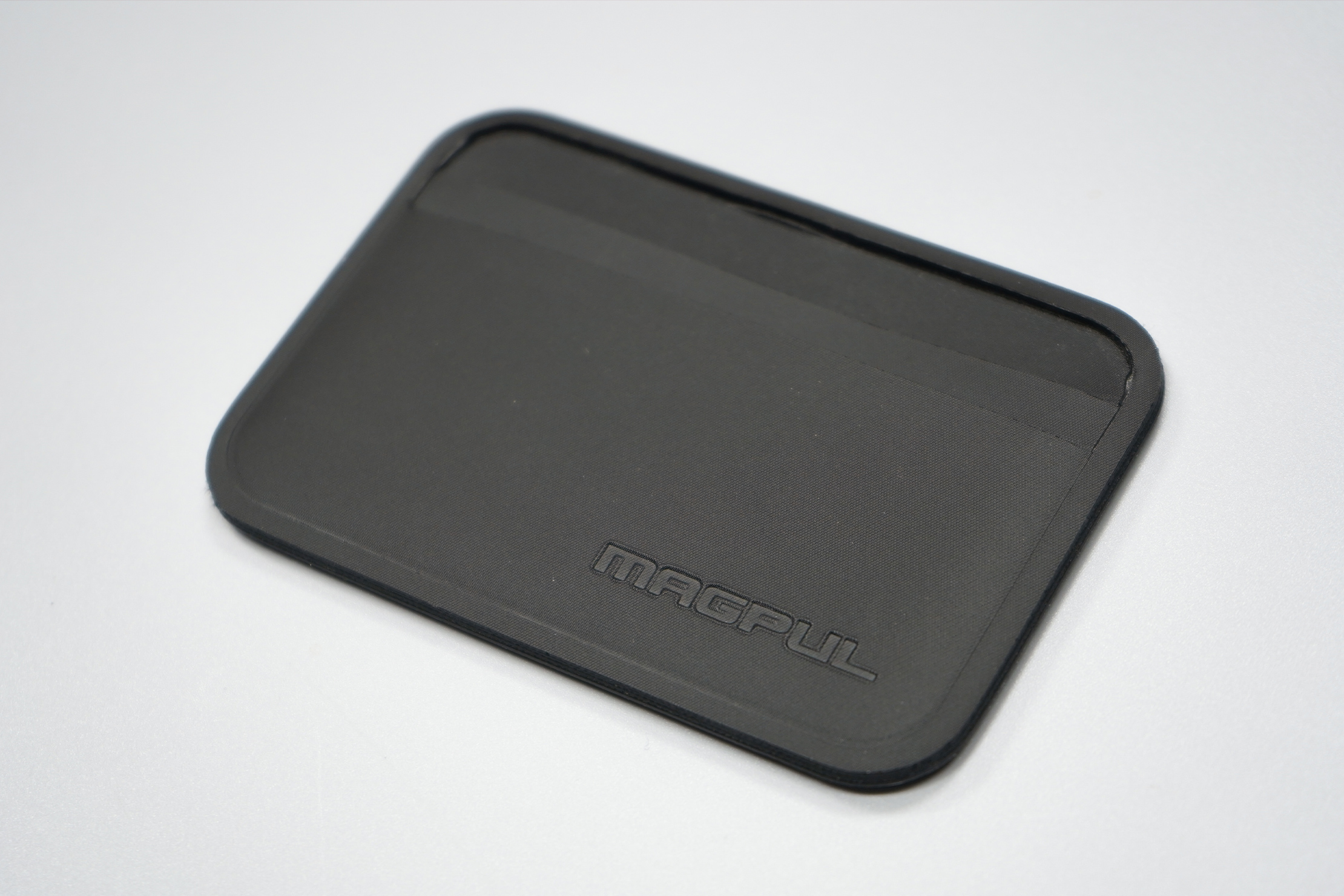 Magpul DAKA Everyday Wallet Material and Logo