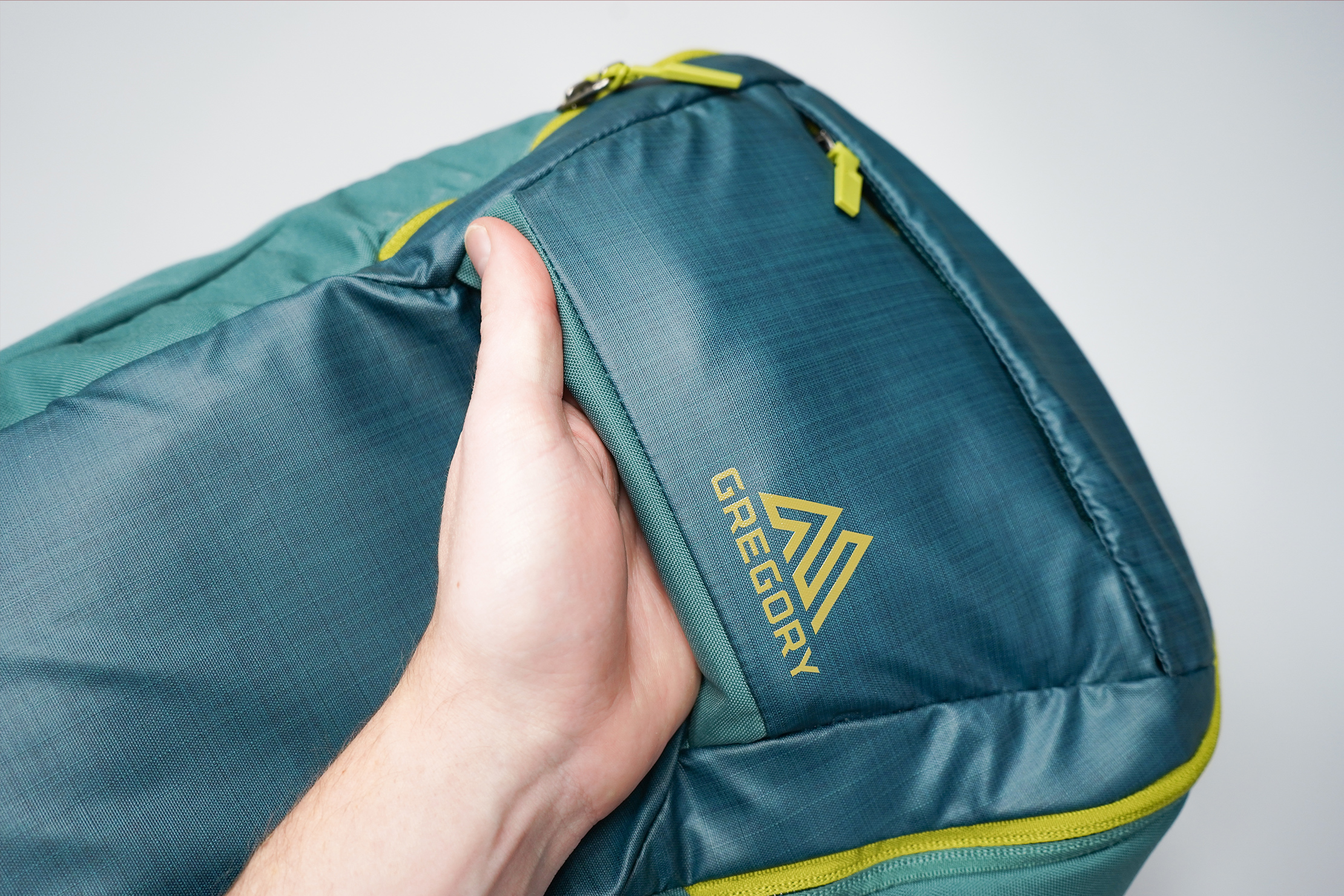 Gregory Resin 26 Backpack Front Handle