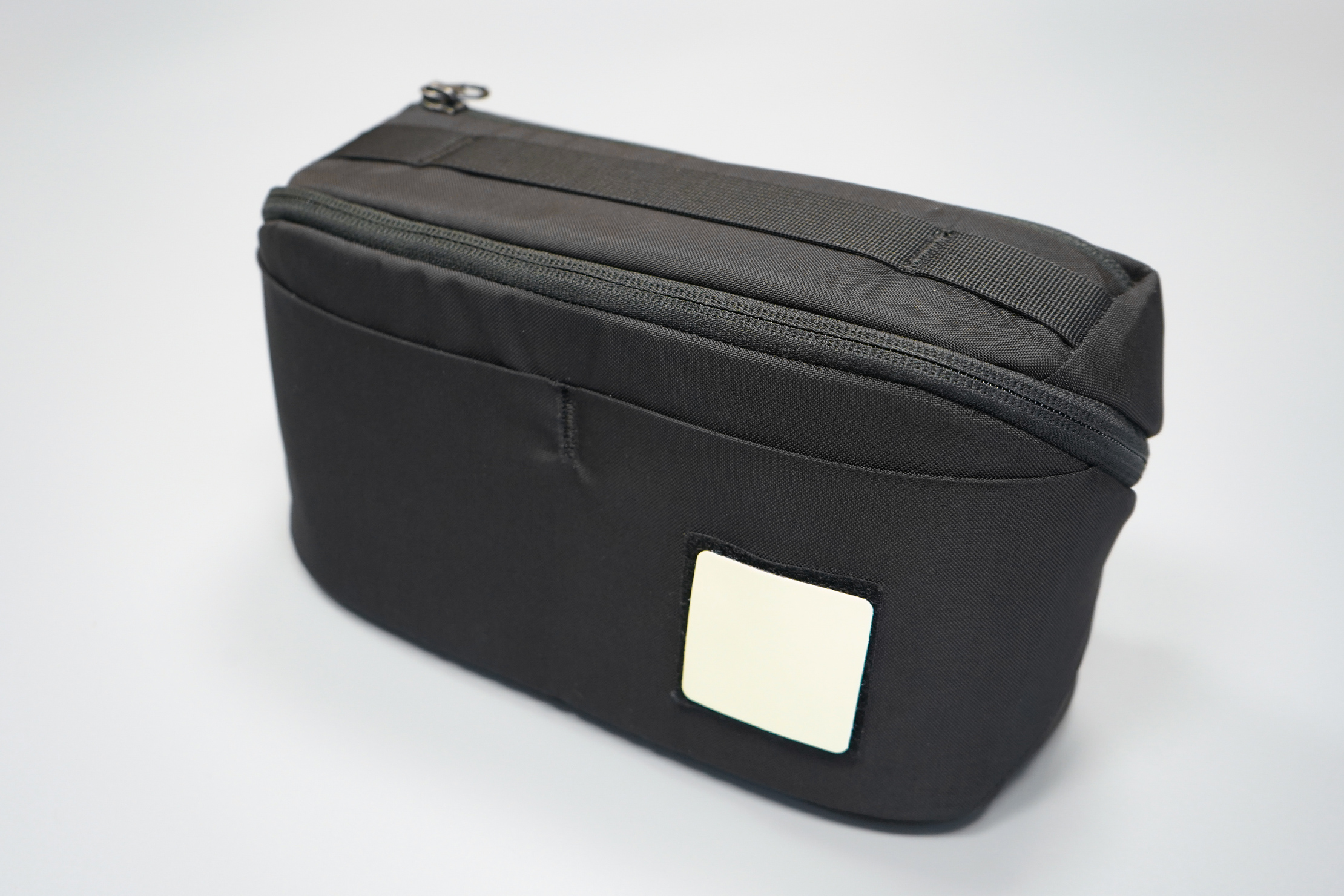 EVERGOODS Civic Access Pouch 2L | It hides in plain sight, but the handle is there