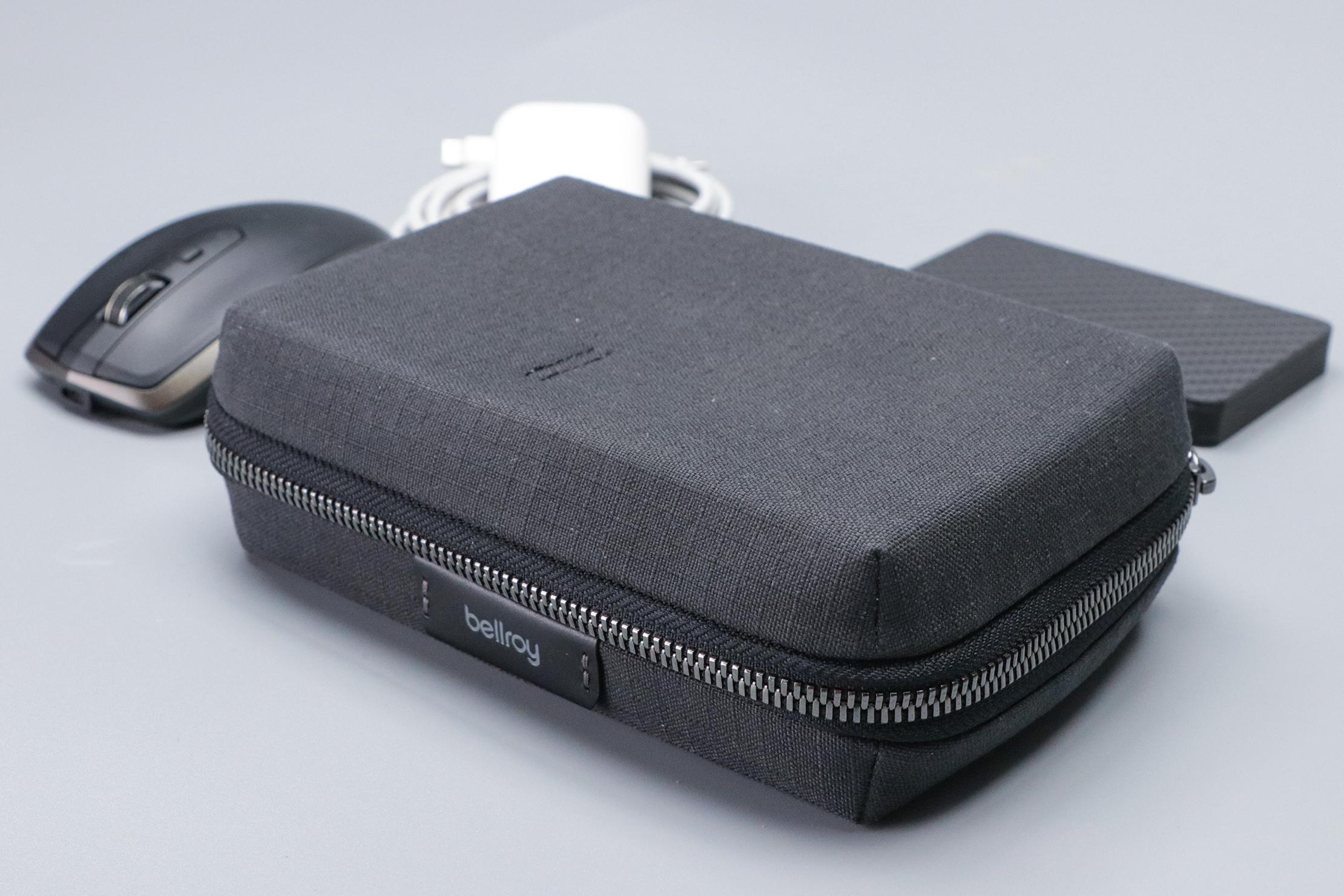 Bellroy Tech Kit Compact Mouse Tech 1