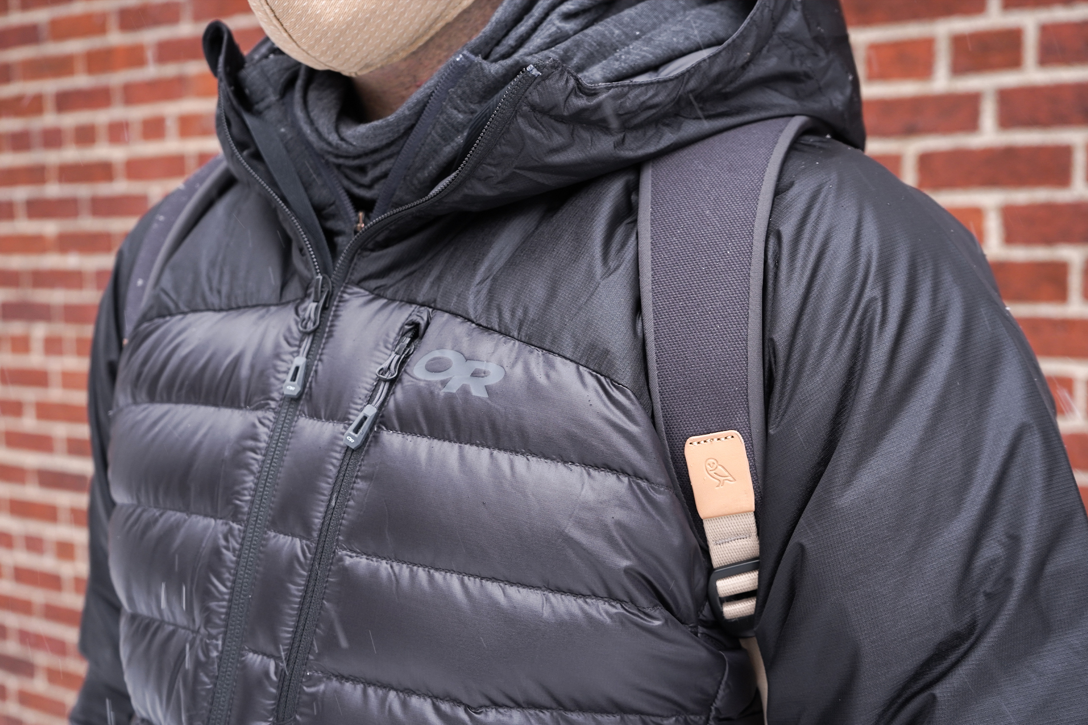 Bellroy Transit Workpack | The hardware is functional and blends in with the styling