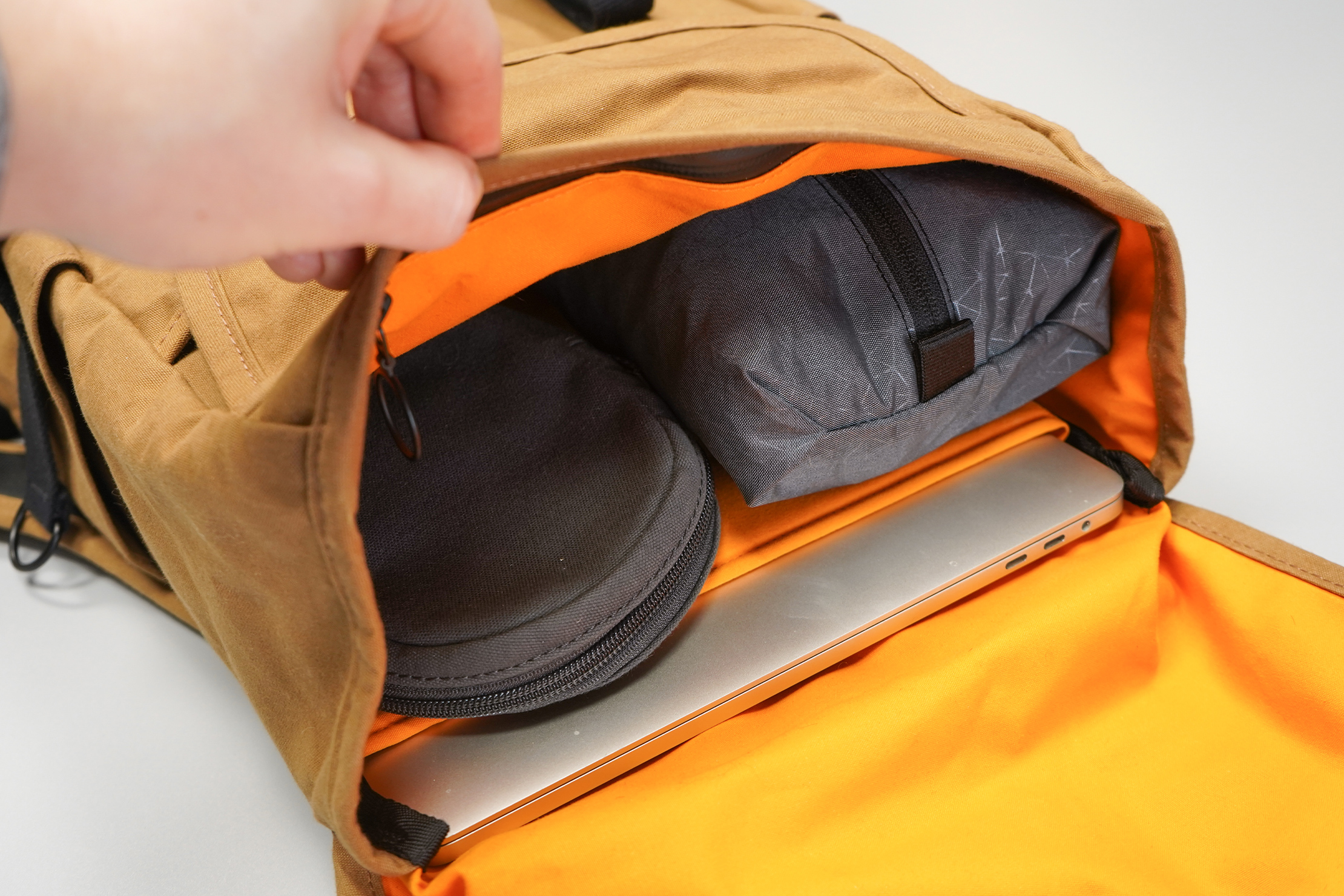 Trakke Bannoch | Bright orange fabric makes seeing inside all too easy and convenient