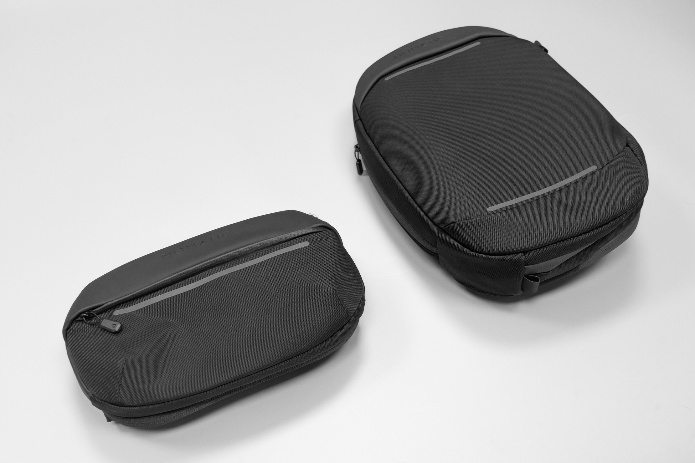 NOMATIC Navigator Sling 1L | No DNA test needed—here it is with its bigger 6-liter sibling