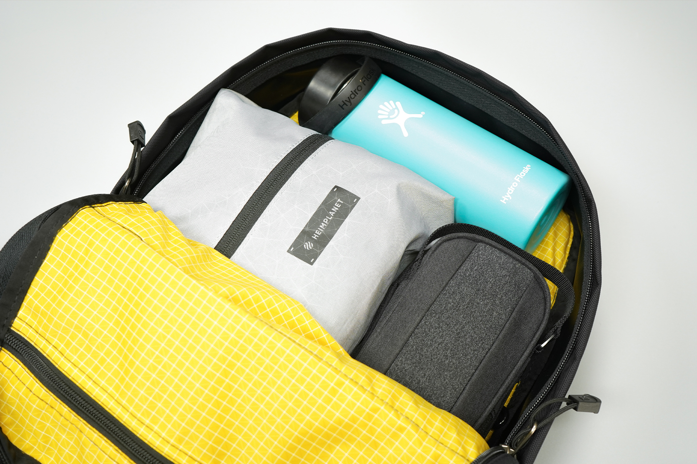 Tom Bihn Paragon Backpack | The main compartment and interior pocket