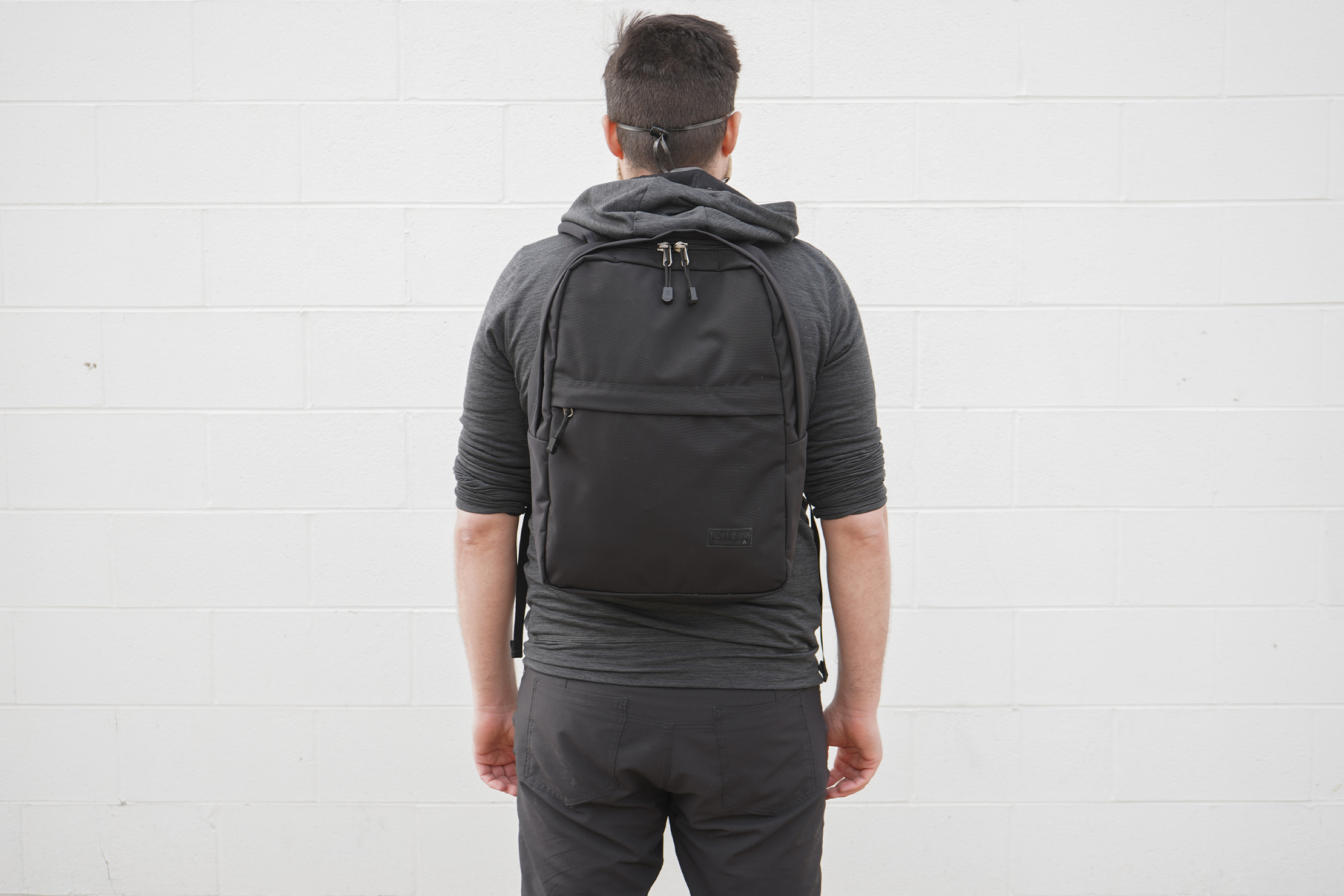 Tom Bihn Paragon Backpack | Carrying the backpack to work