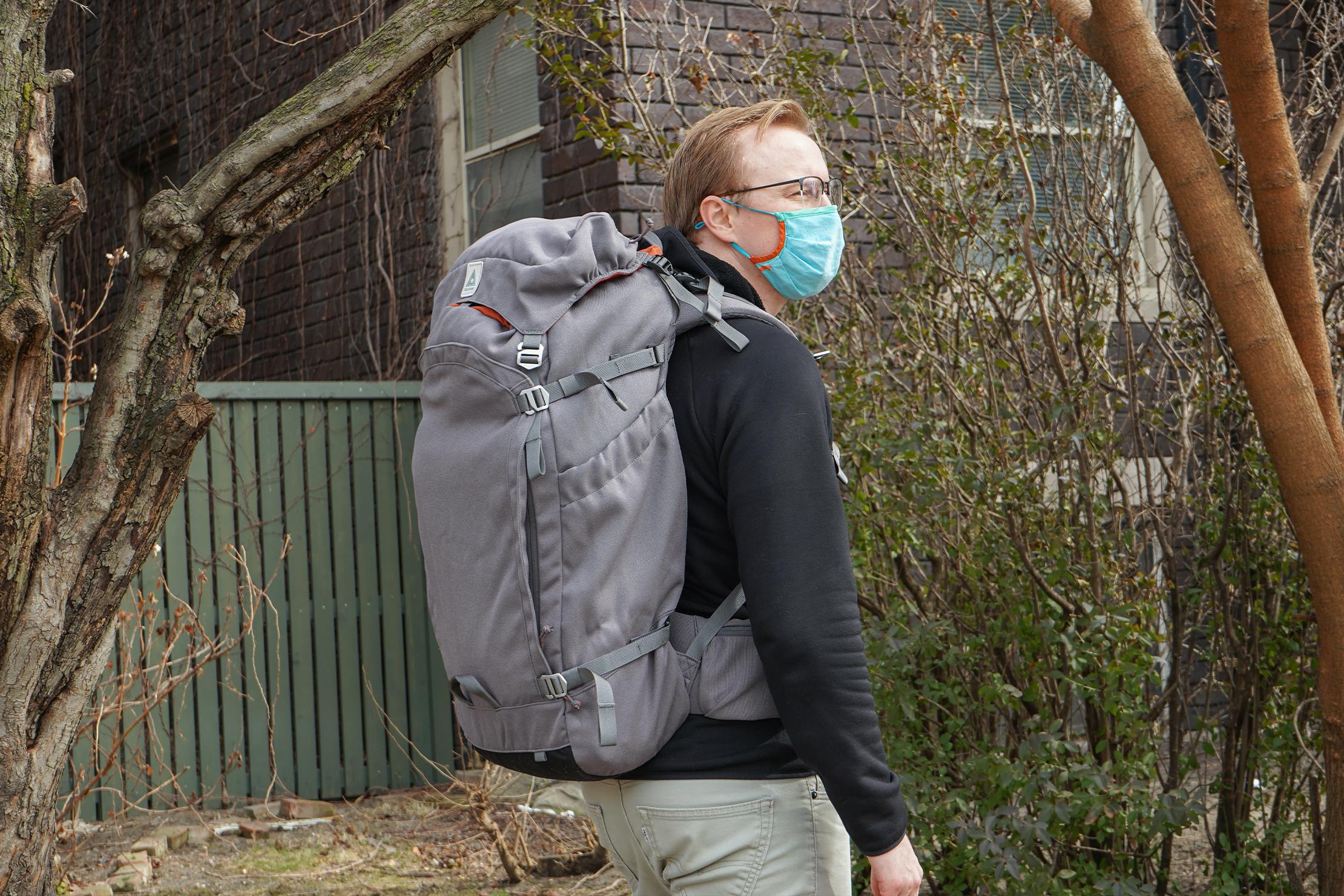 Salkan Backpacker | Carrying the Mainpack