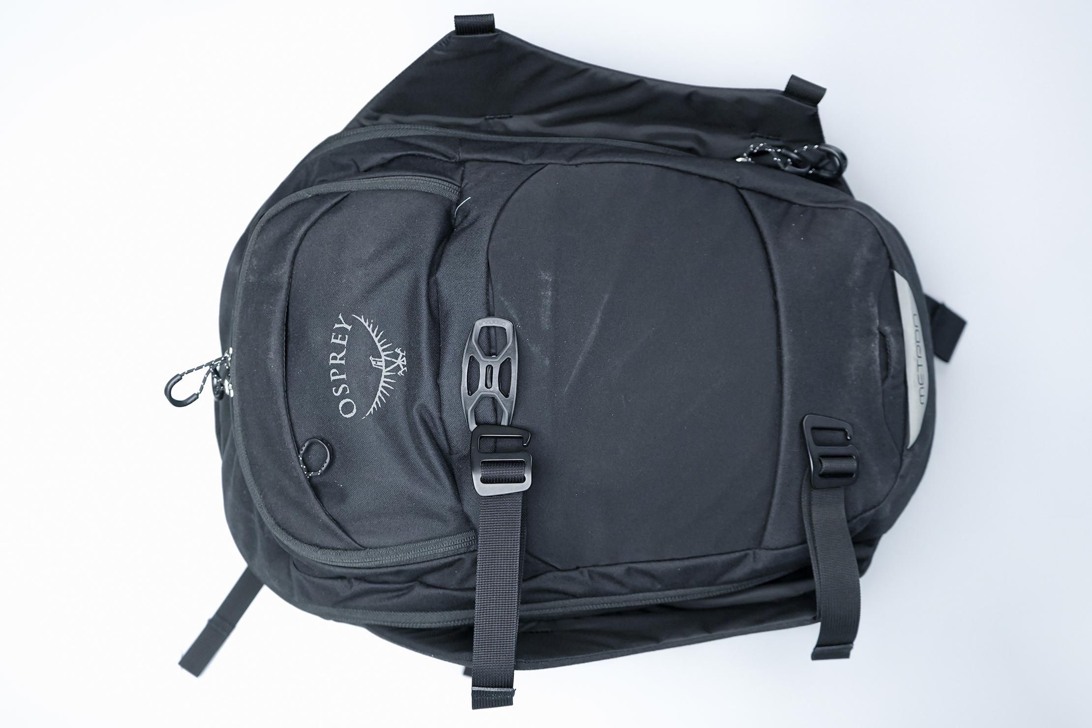 Osprey METRON Straight Jacket Undone