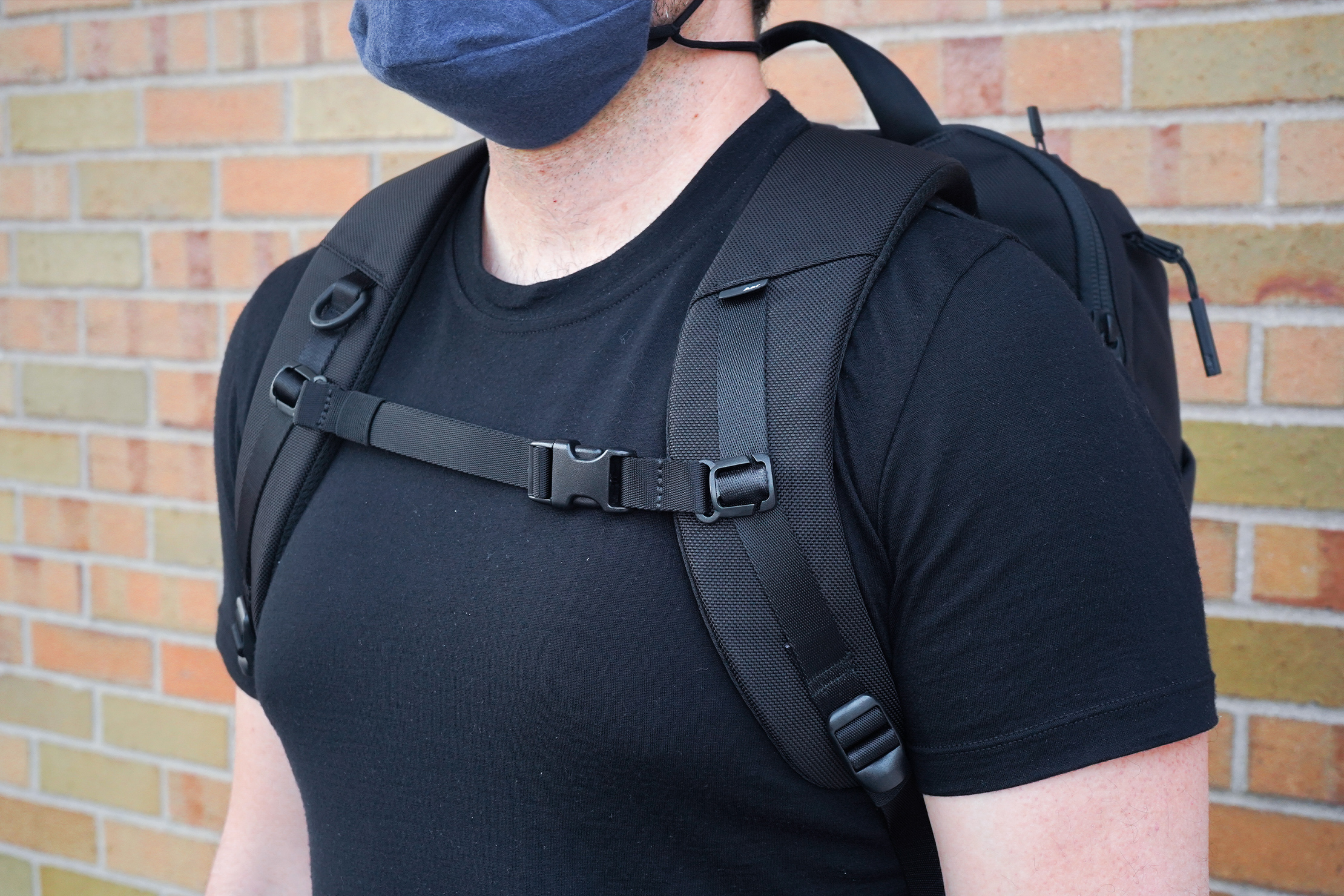 Aer Duffel Pack 3 | Harness system
