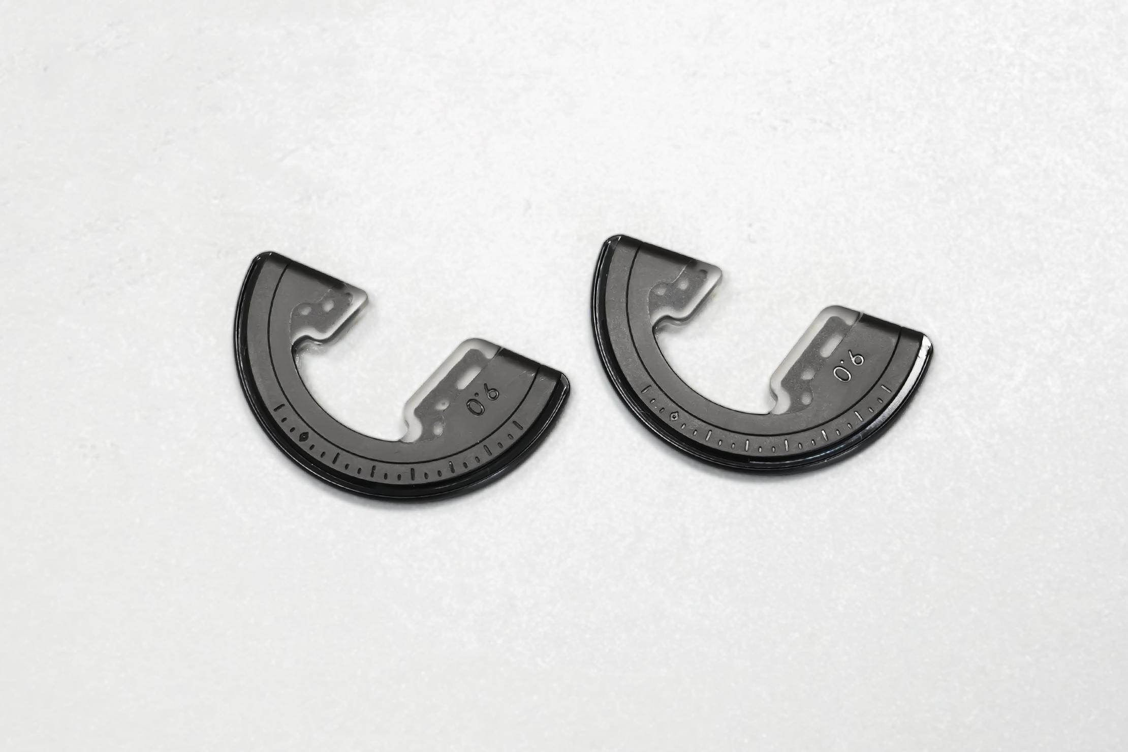 Geometrical Pocket Tripod Pro   Included brackets