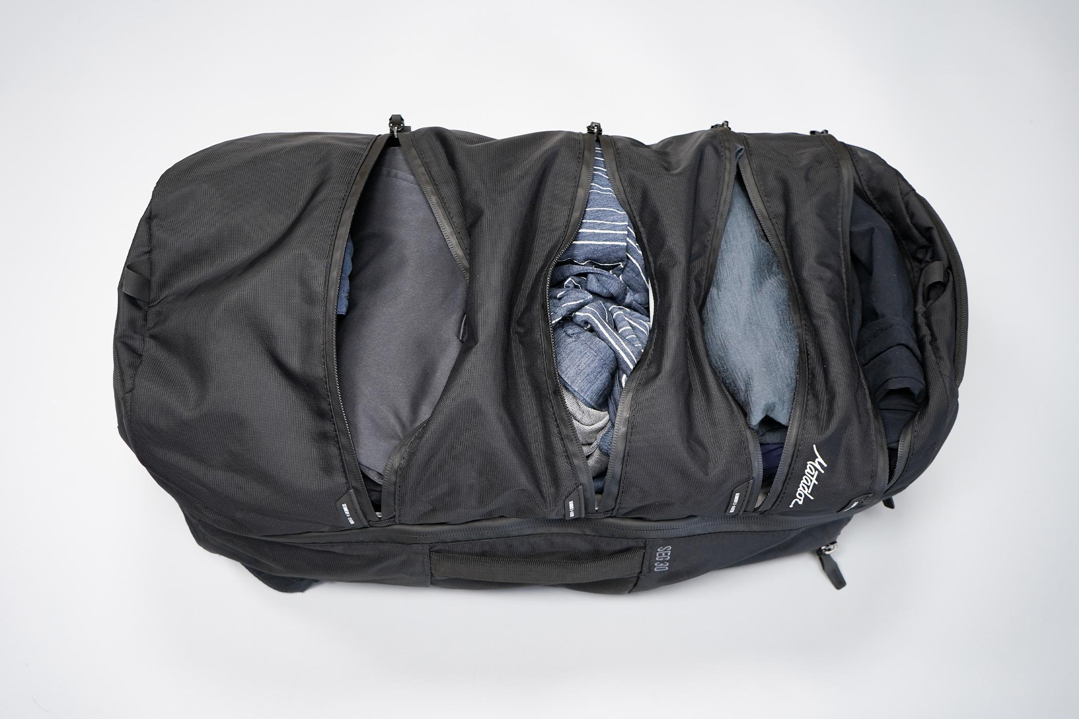 Matador SEG30 Backpack | Clothes compartments